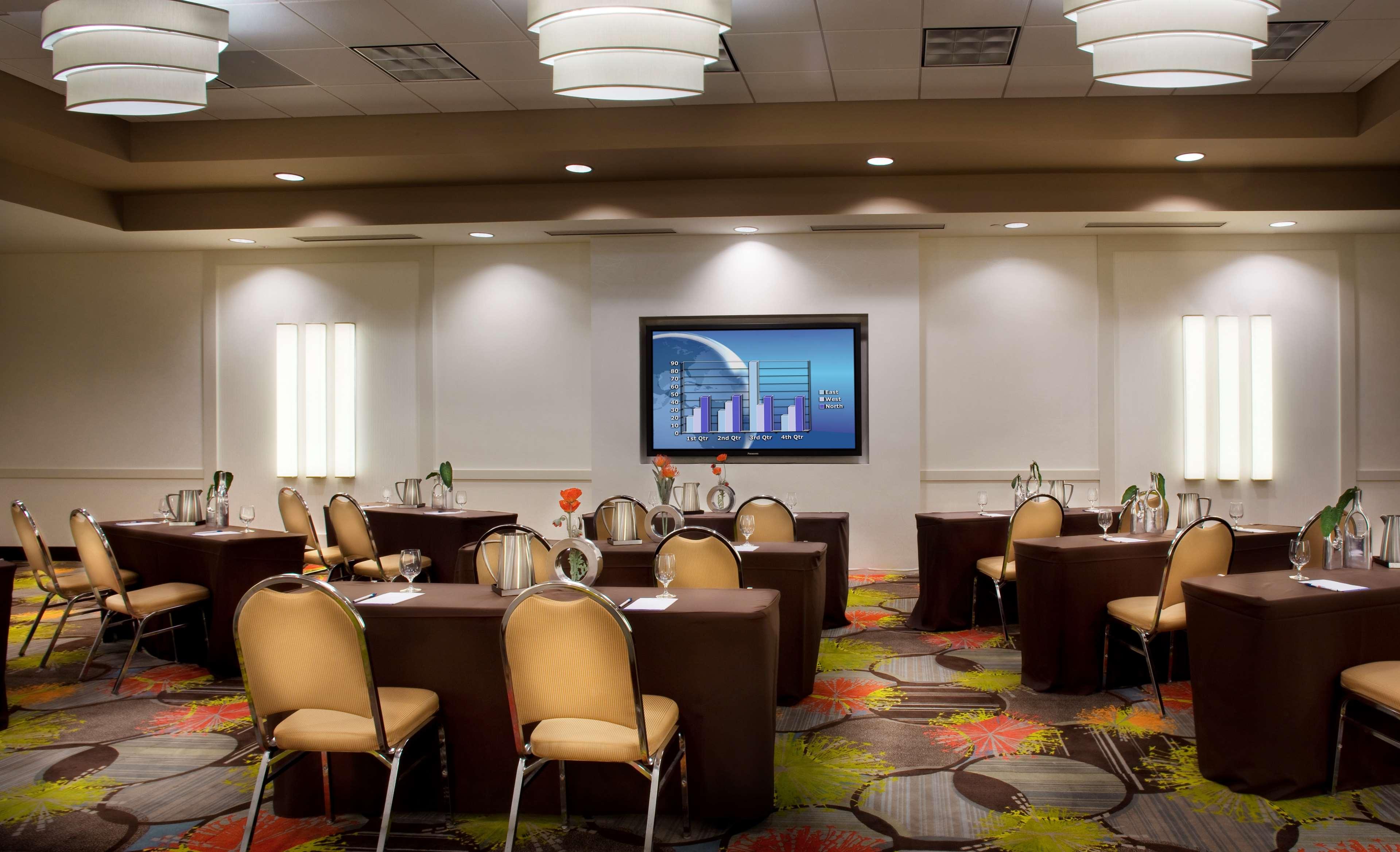 Hilton Garden Inn Denver/Cherry Creek image 10