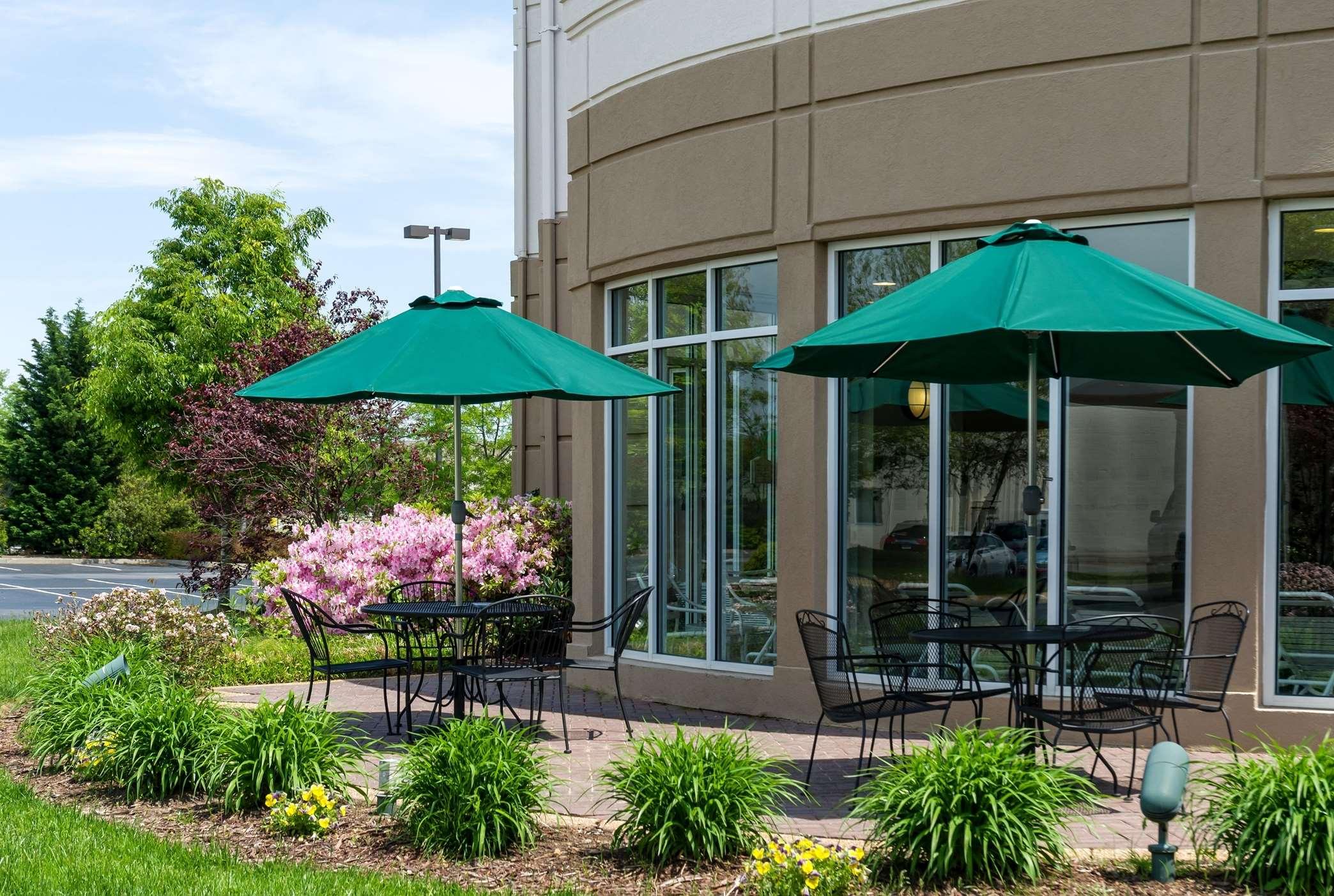 Hilton Garden Inn Newport News image 10