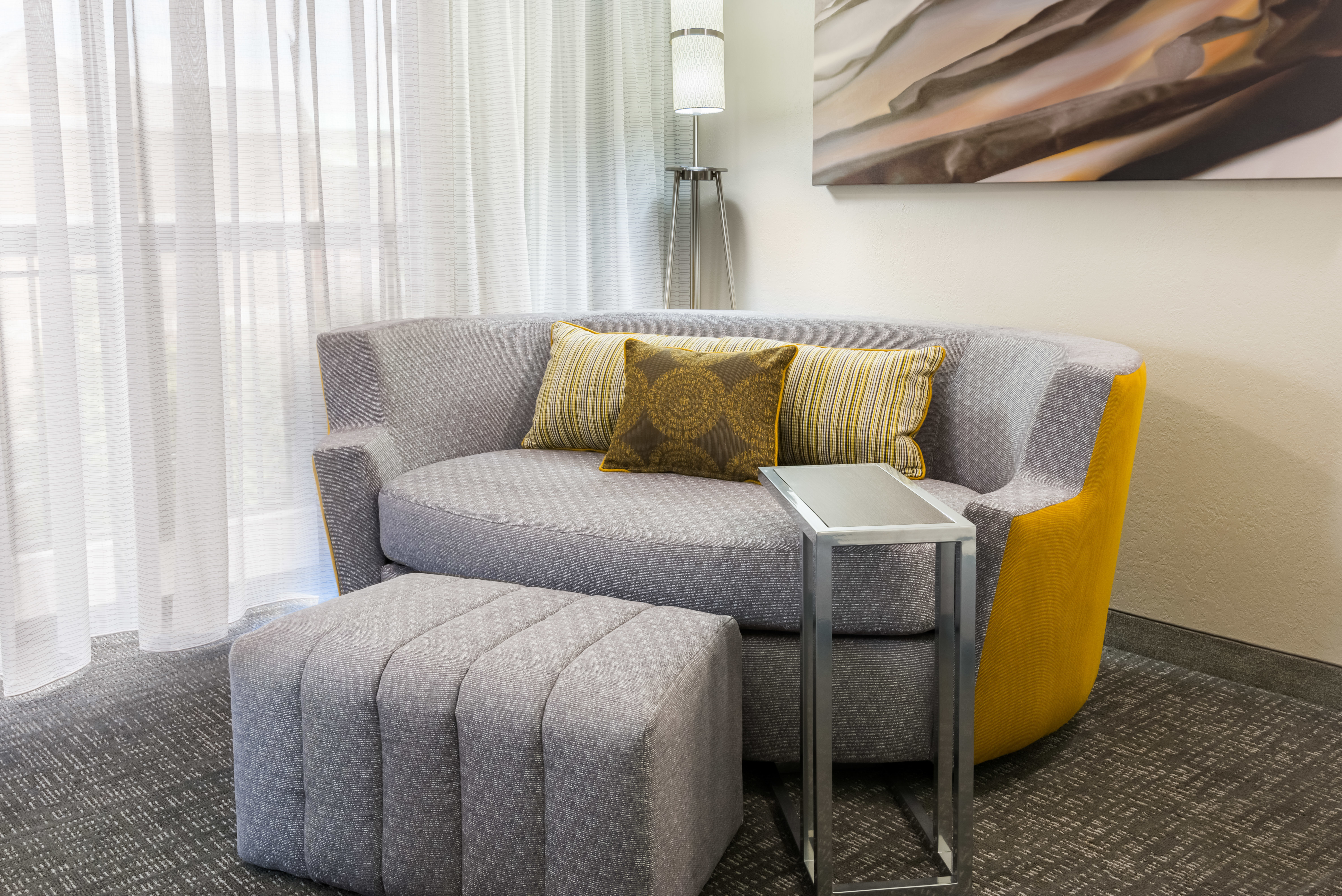 Courtyard by Marriott Mobile image 8