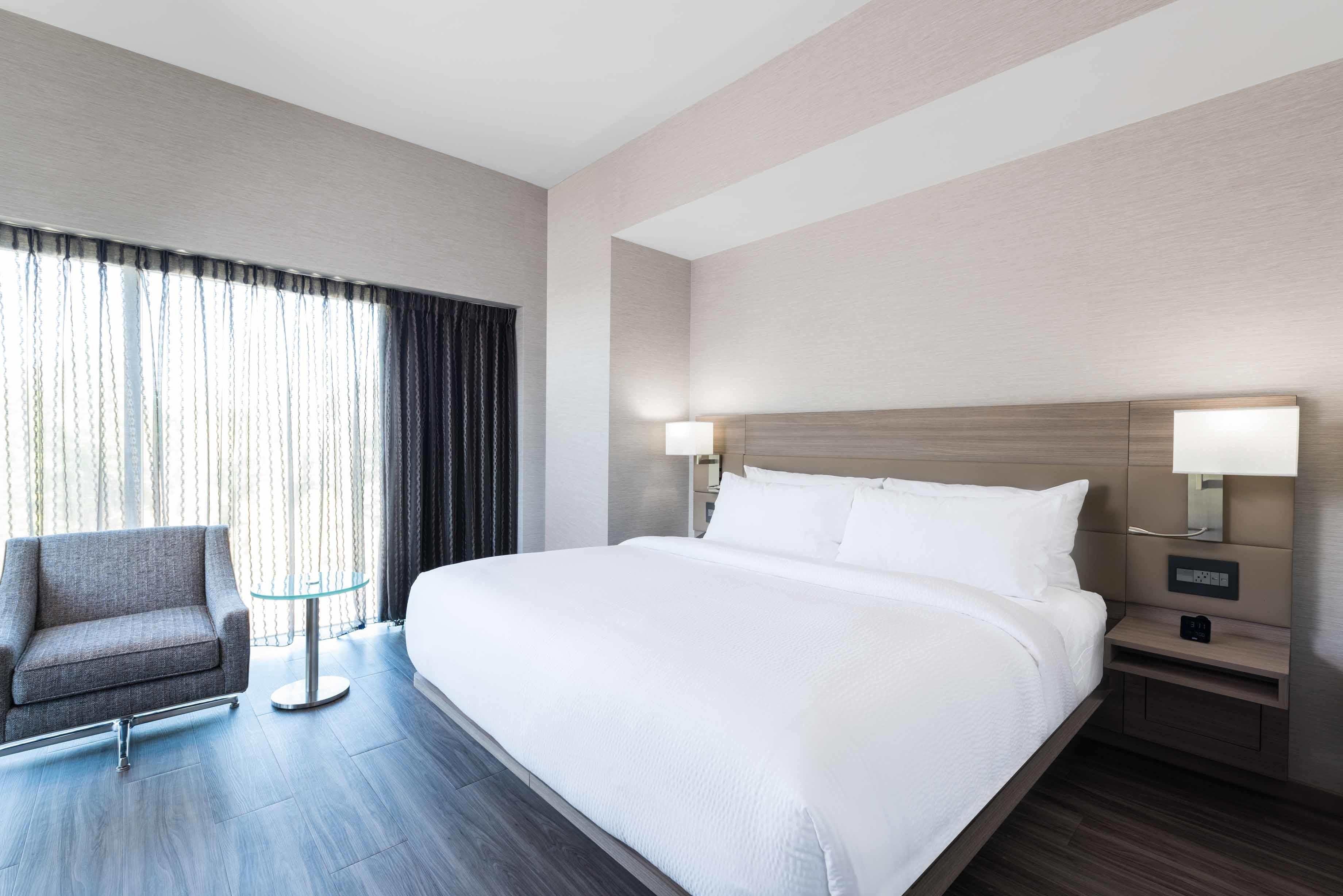 AC Hotel by Marriott Boston Cambridge image 18