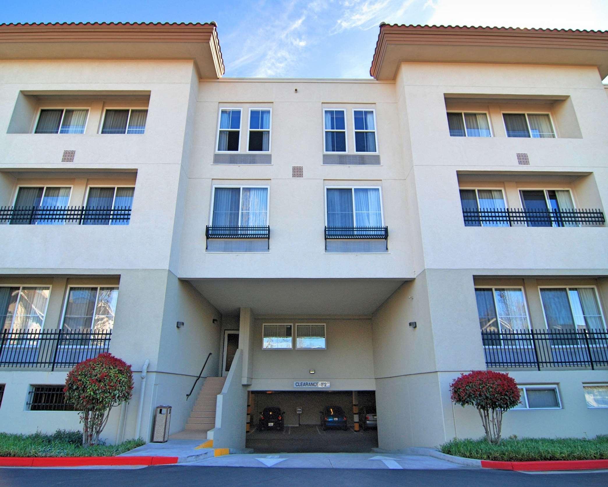 Hampton Inn & Suites Mountain View image 27