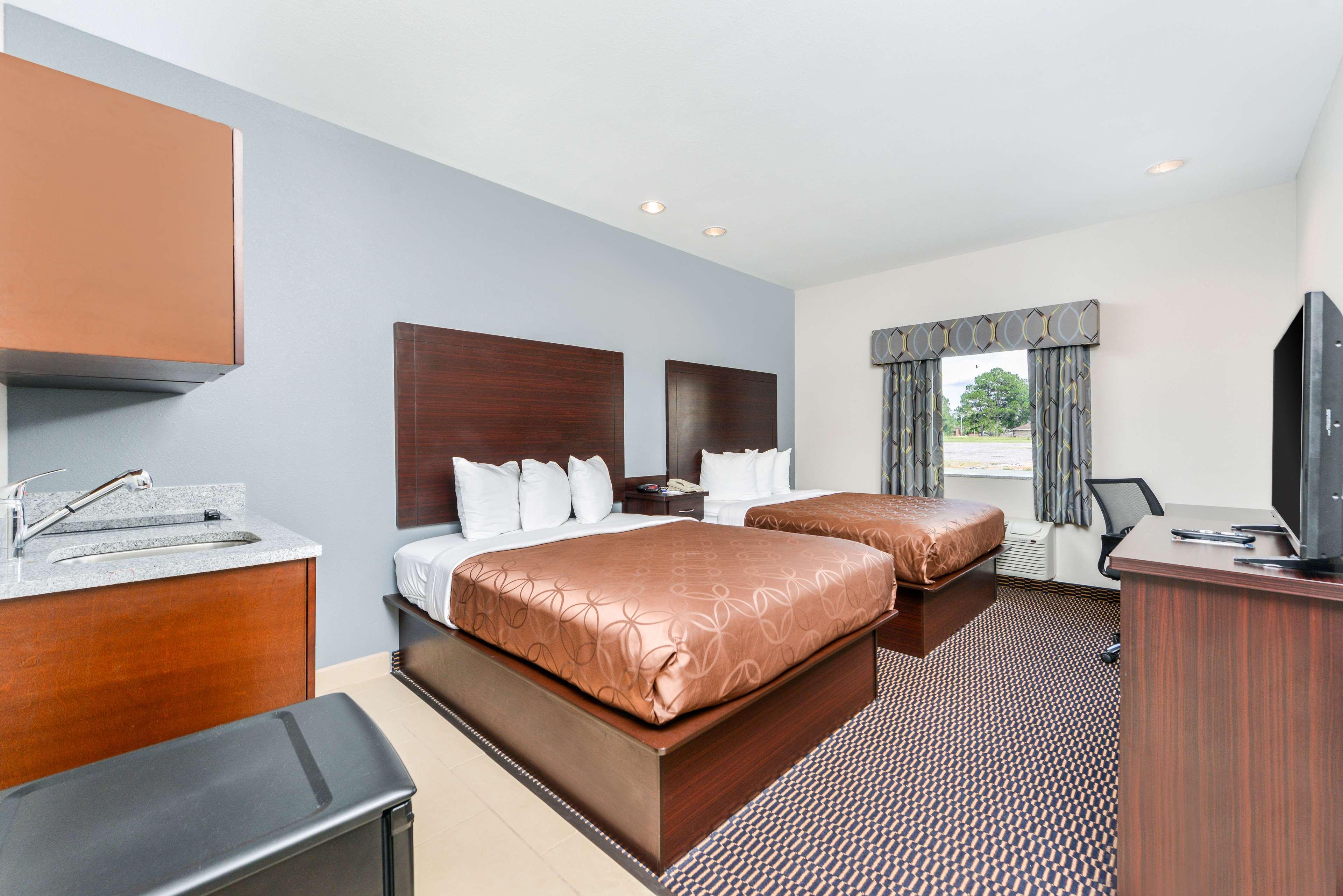 Americas Best Value Inn - Baton Rouge / College Drive image 9