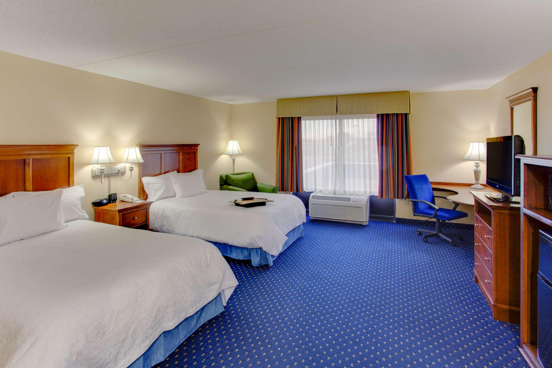 Hampton Inn & Suites Fredericksburg South image 21