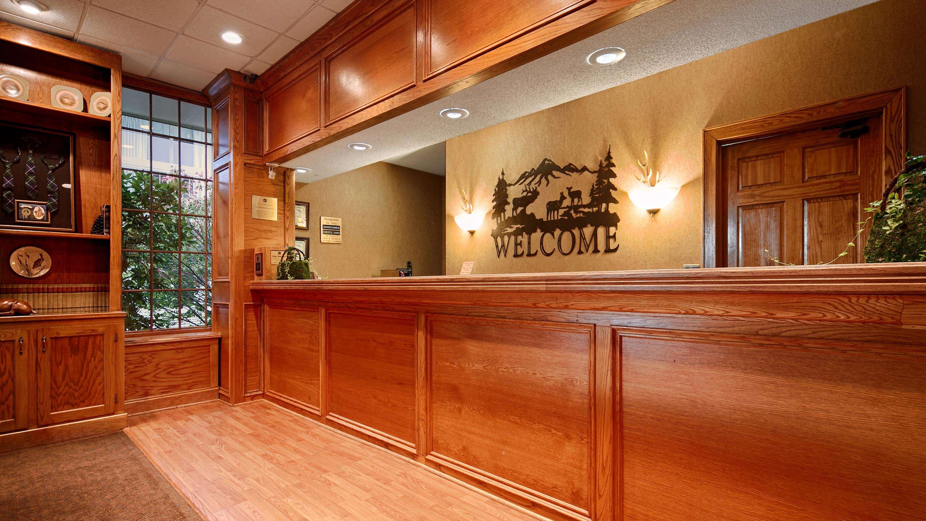 Best Western Mountain Lodge at Banner Elk image 9