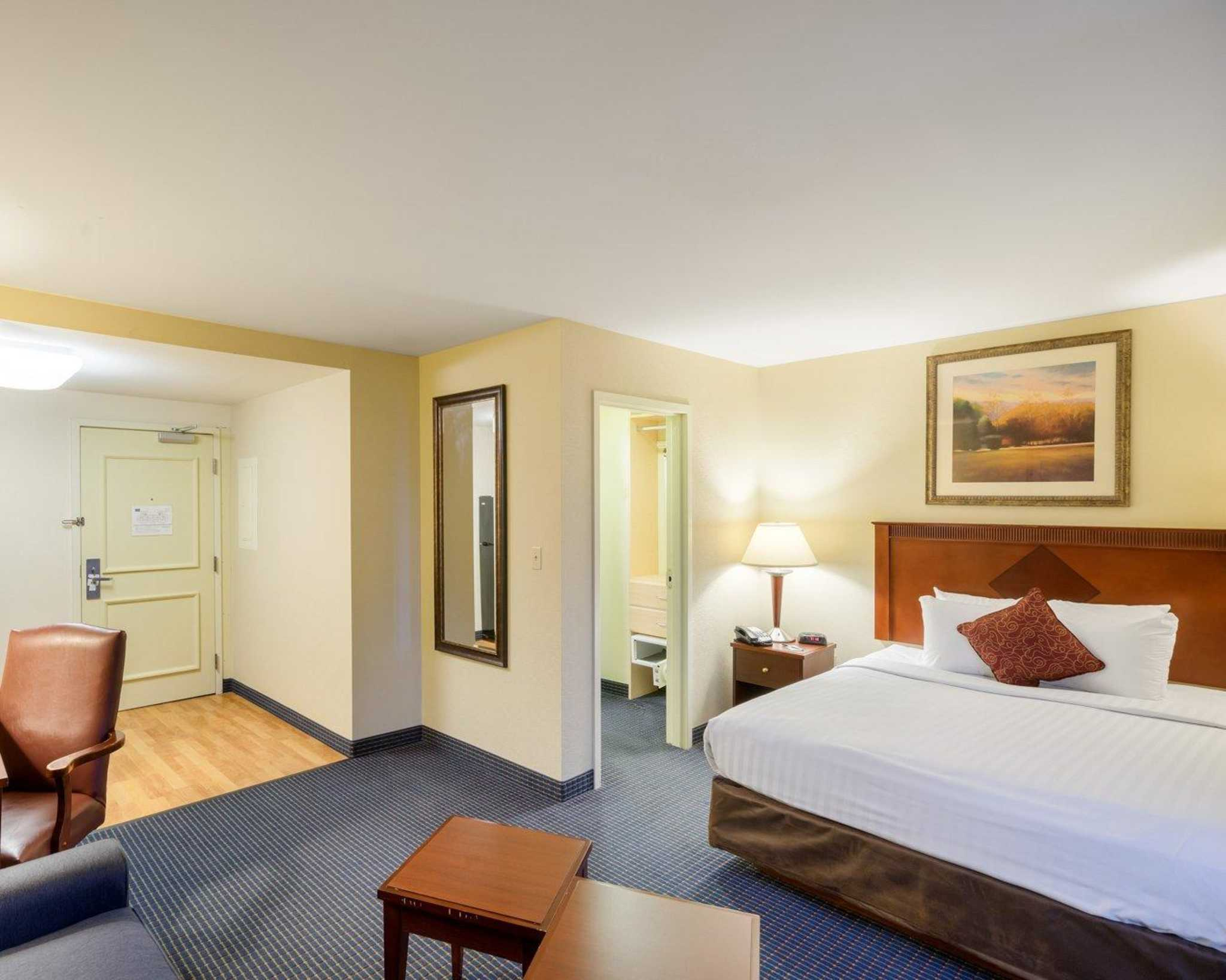 MainStay Suites image 0