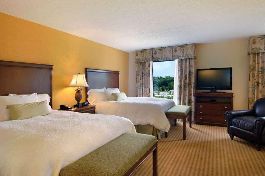 Hampton Inn & Suites Tampa-Wesley Chapel image 29