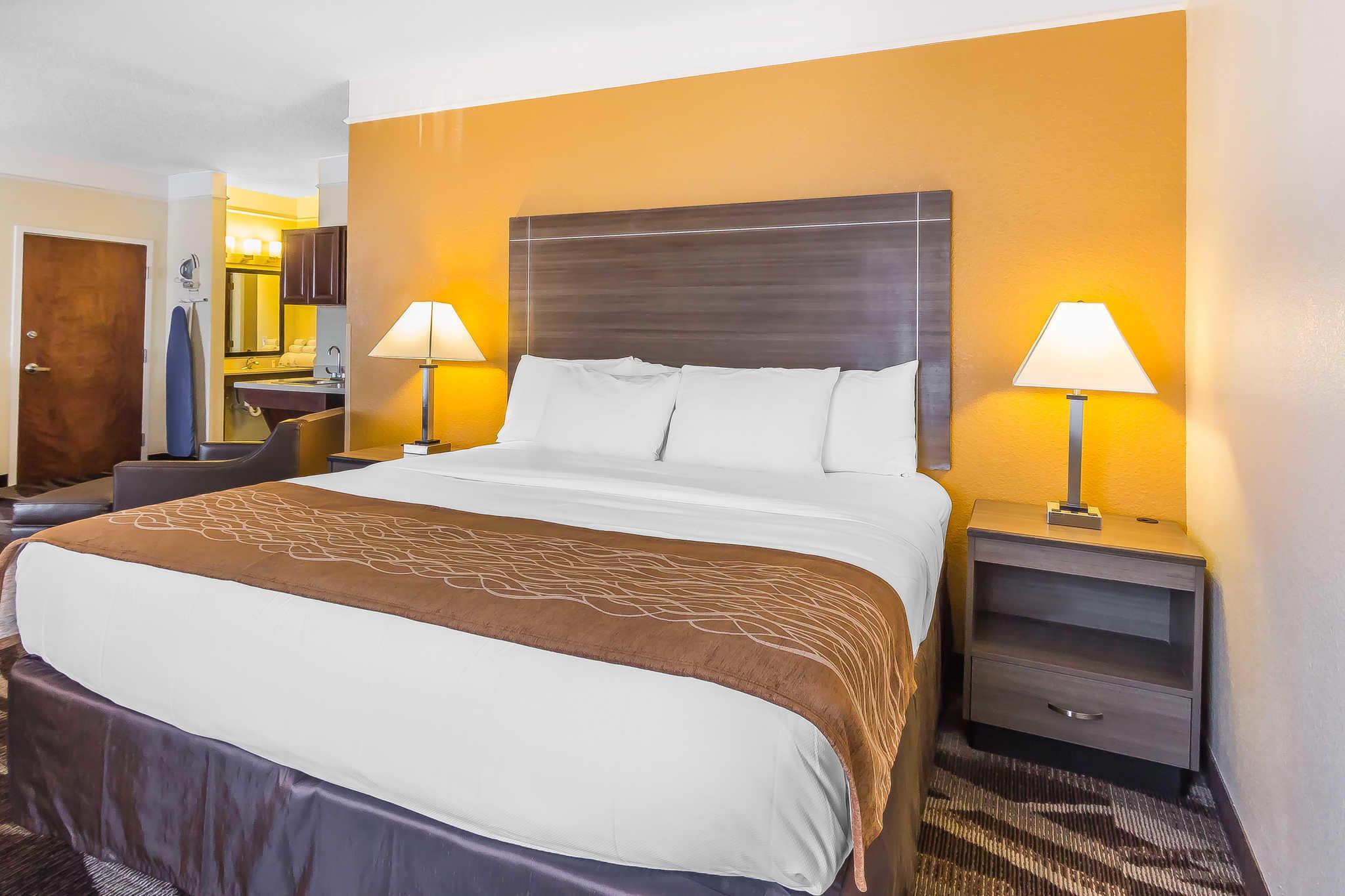 Comfort Inn I-10 EAST Near AT&T Center image 26