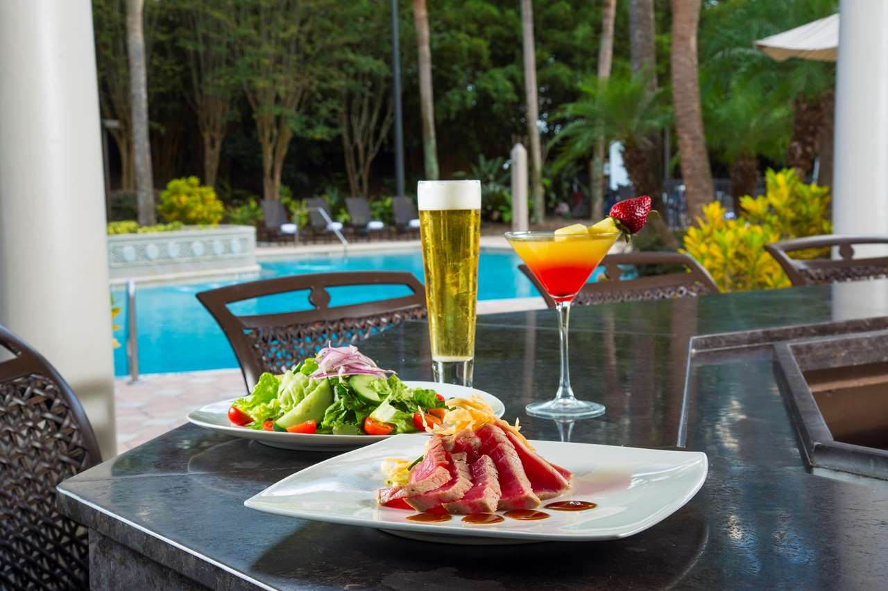 Doubletree suites by hilton orlando disney springs area for Pool and food