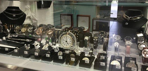 Diamond Pawn And Jewelry image 4