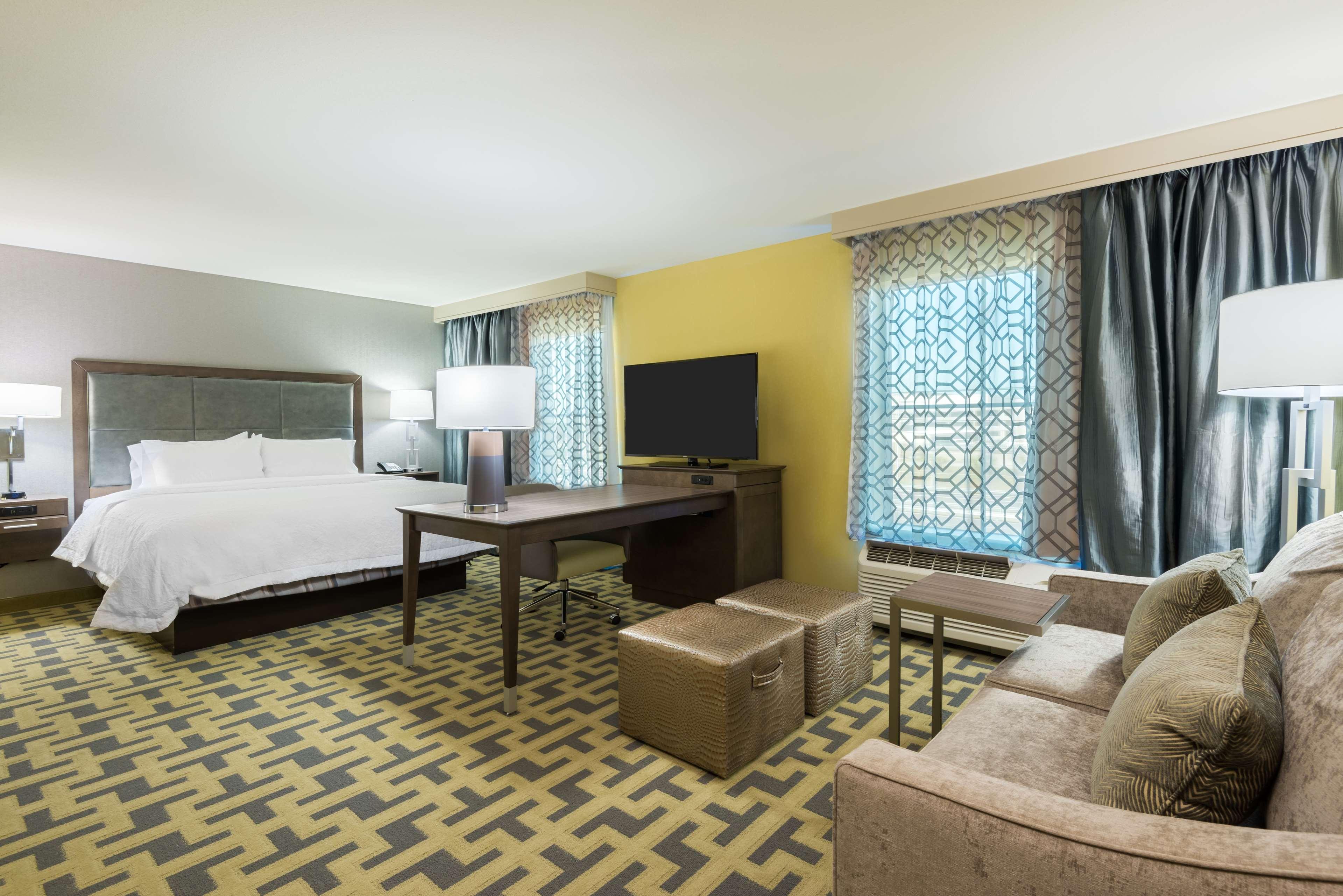Hampton Inn & Suites Tampa Airport Avion Park Westshore image 22