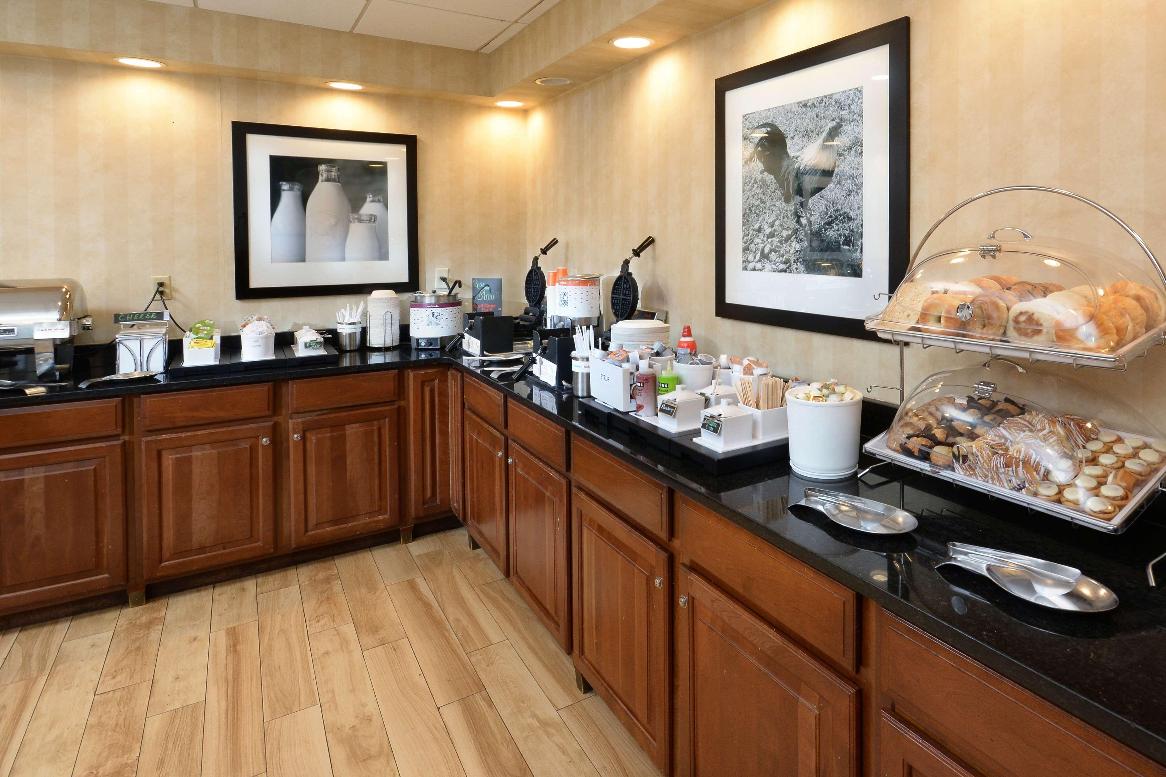Hampton Inn & Suites Greenville/Spartanburg I-85 image 18