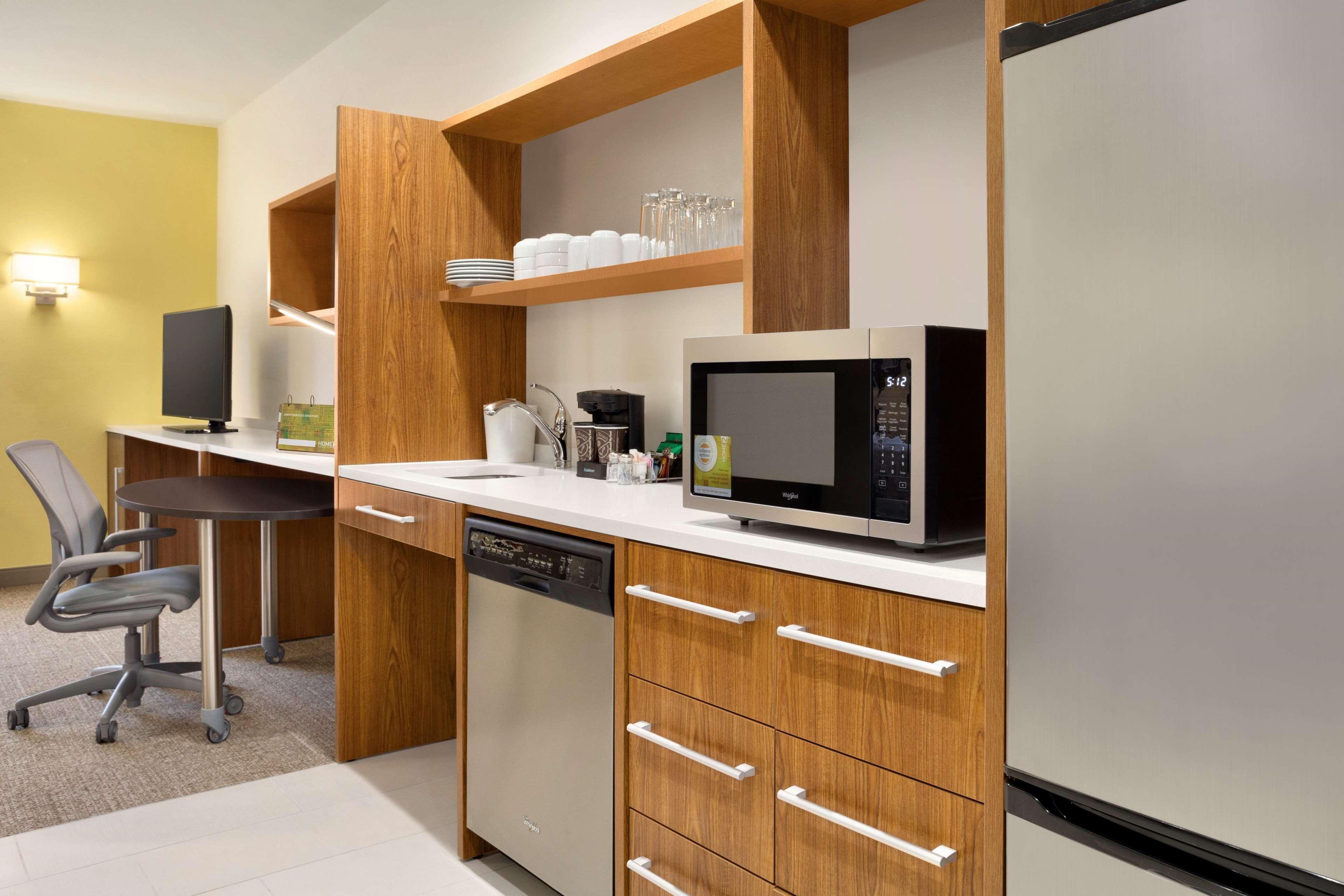 Home2 Suites by Hilton Birmingham Downtown image 13