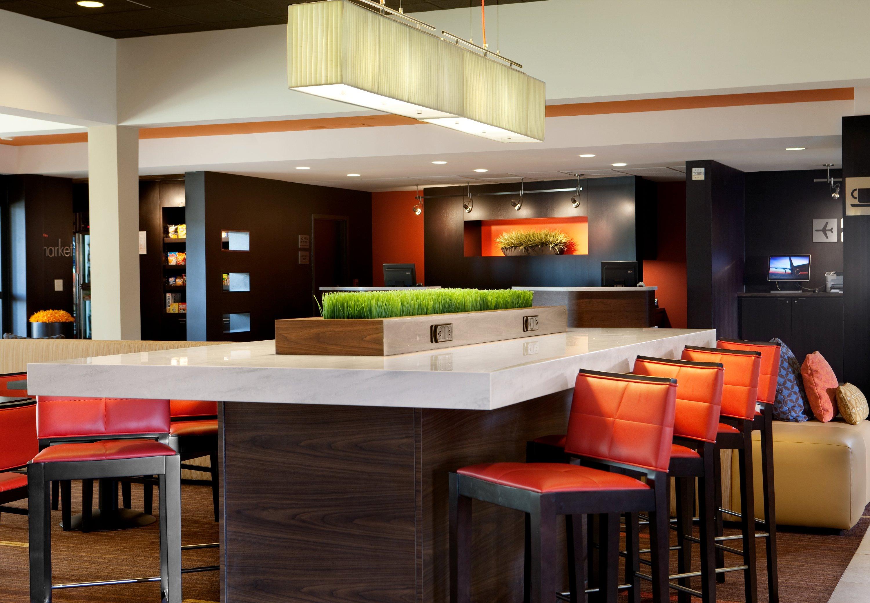 Http Www Marriott Com Hotels Travel Dfwch Courtyard Fort Worth University Drive