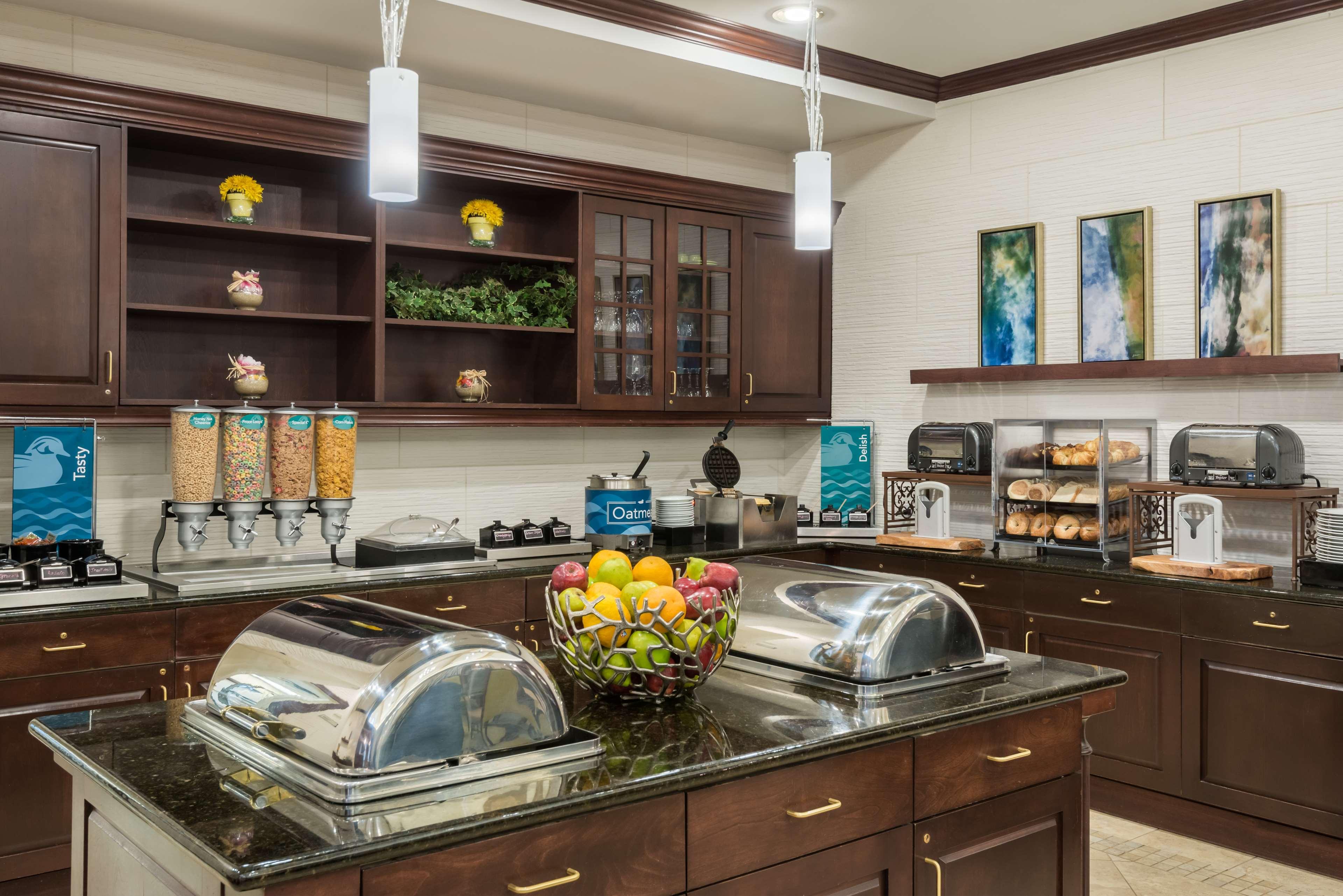 Homewood Suites by Hilton Holyoke-Springfield/North image 11