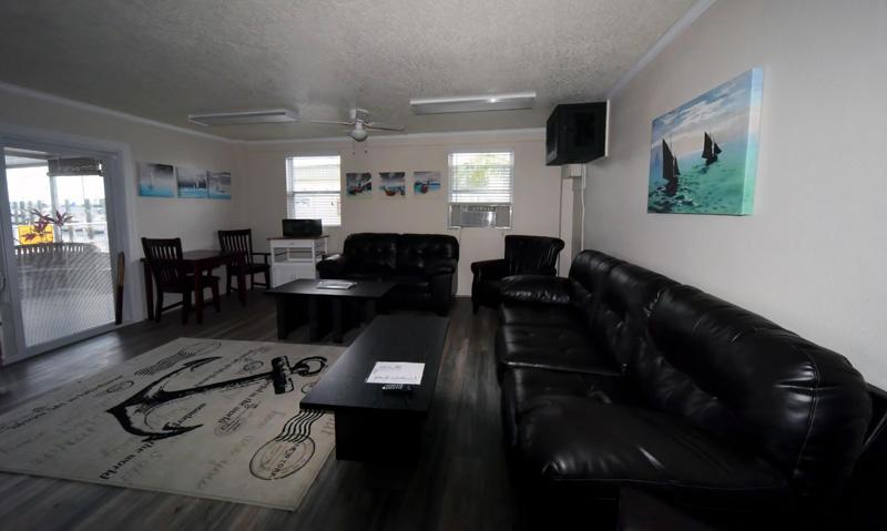 Titusville Marina image 12