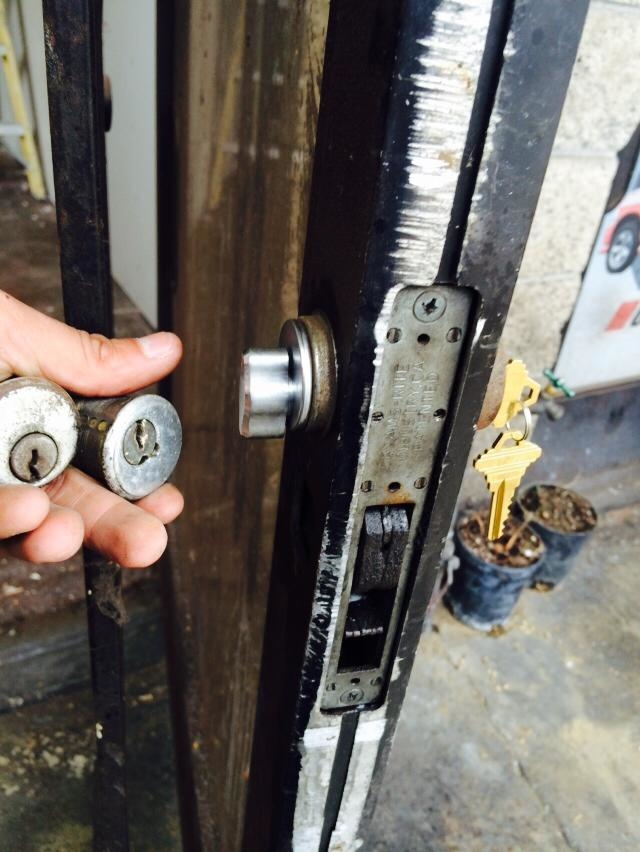 Orange County Locksmith Guys In Whitepages