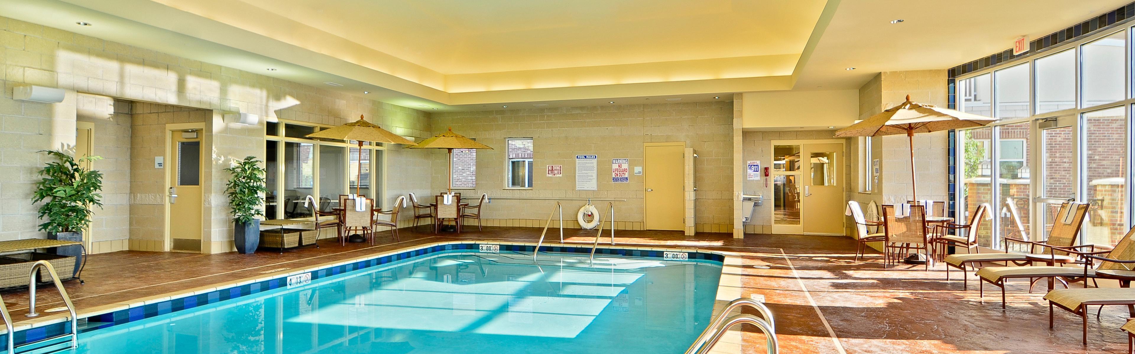 Holiday Inn Express & Suites Williston image 2