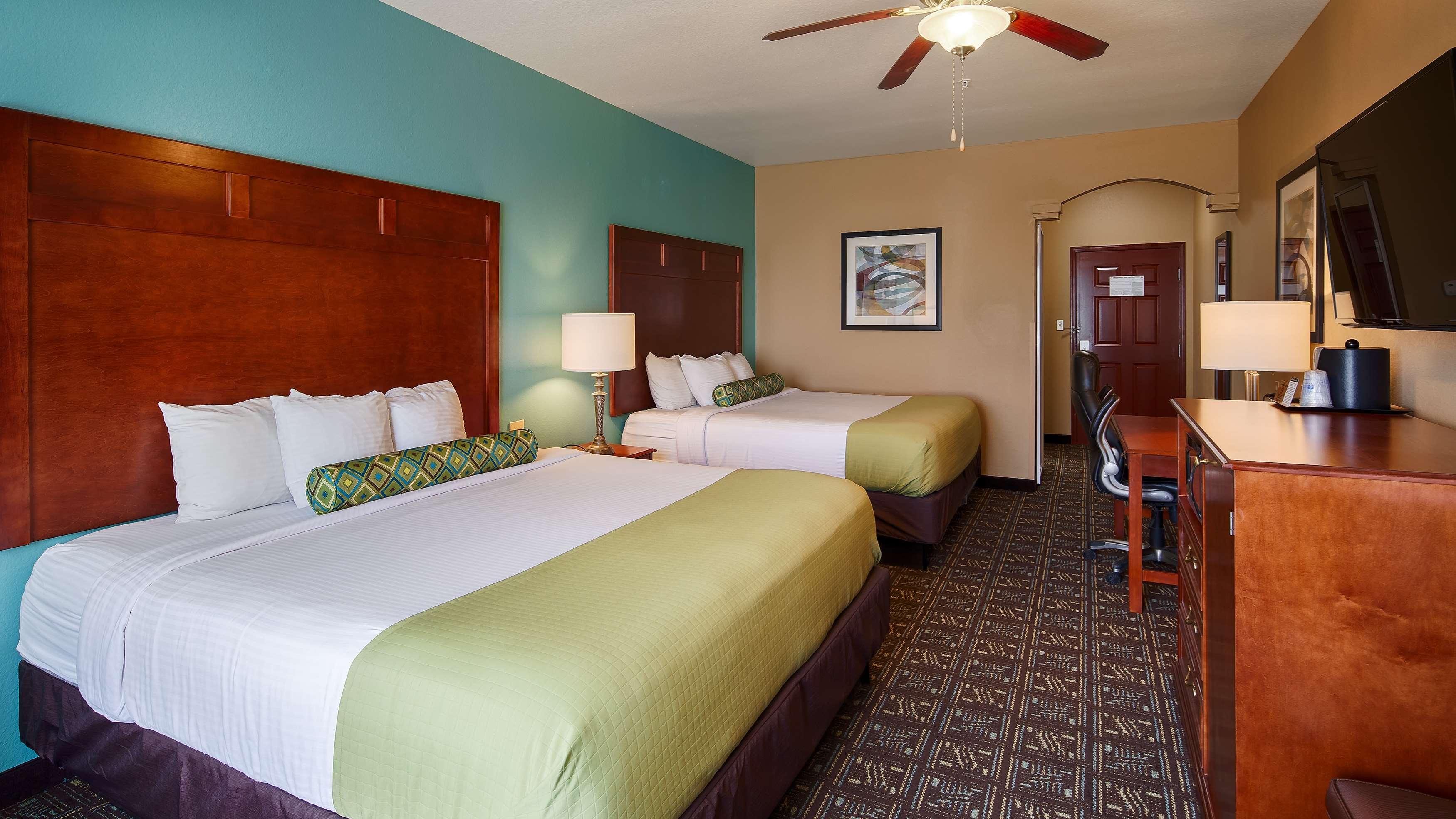 Best Western Plus Monahans Inn & Suites image 4