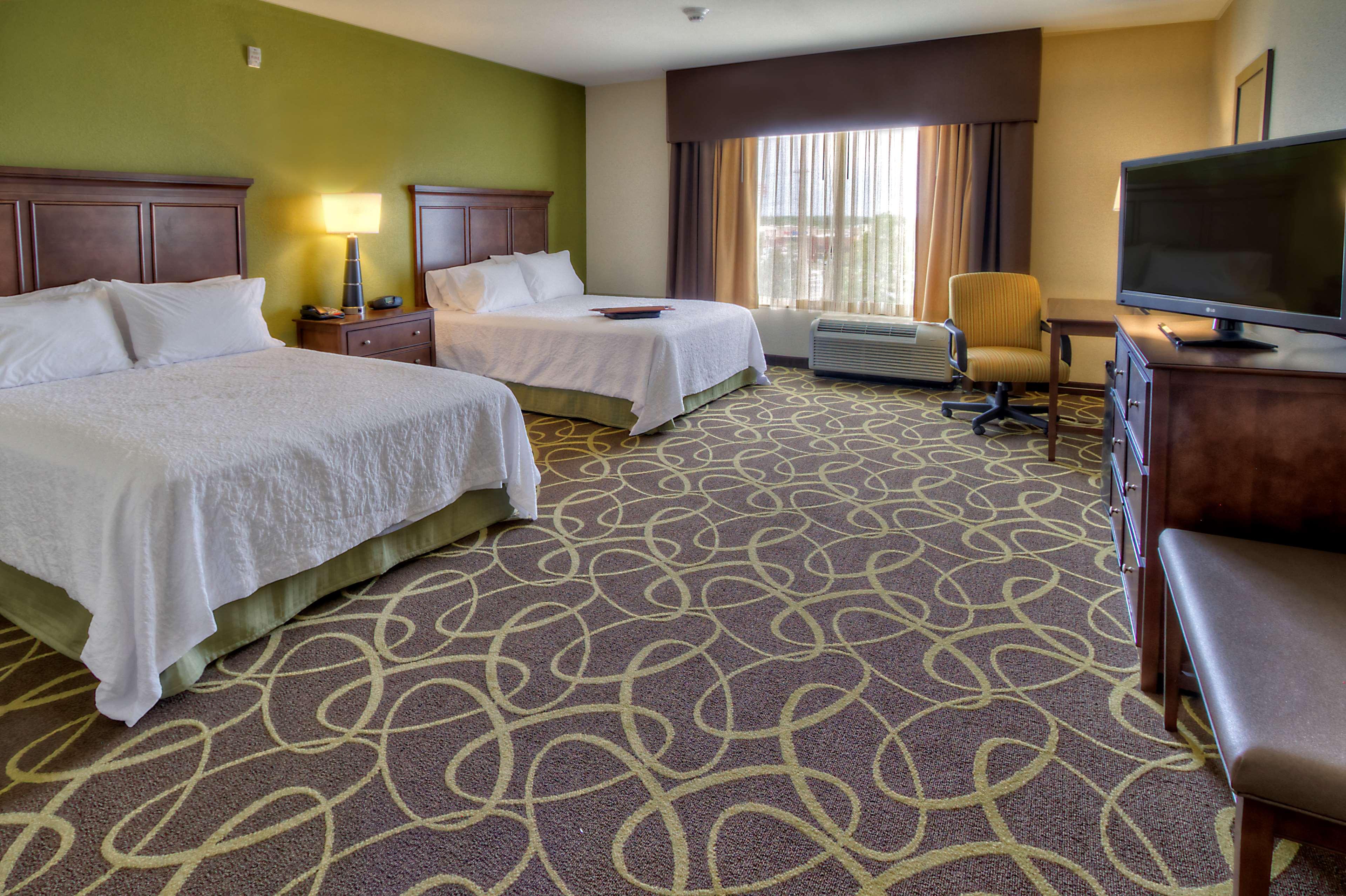 Hampton Inn & Suites Rochester/Henrietta image 24