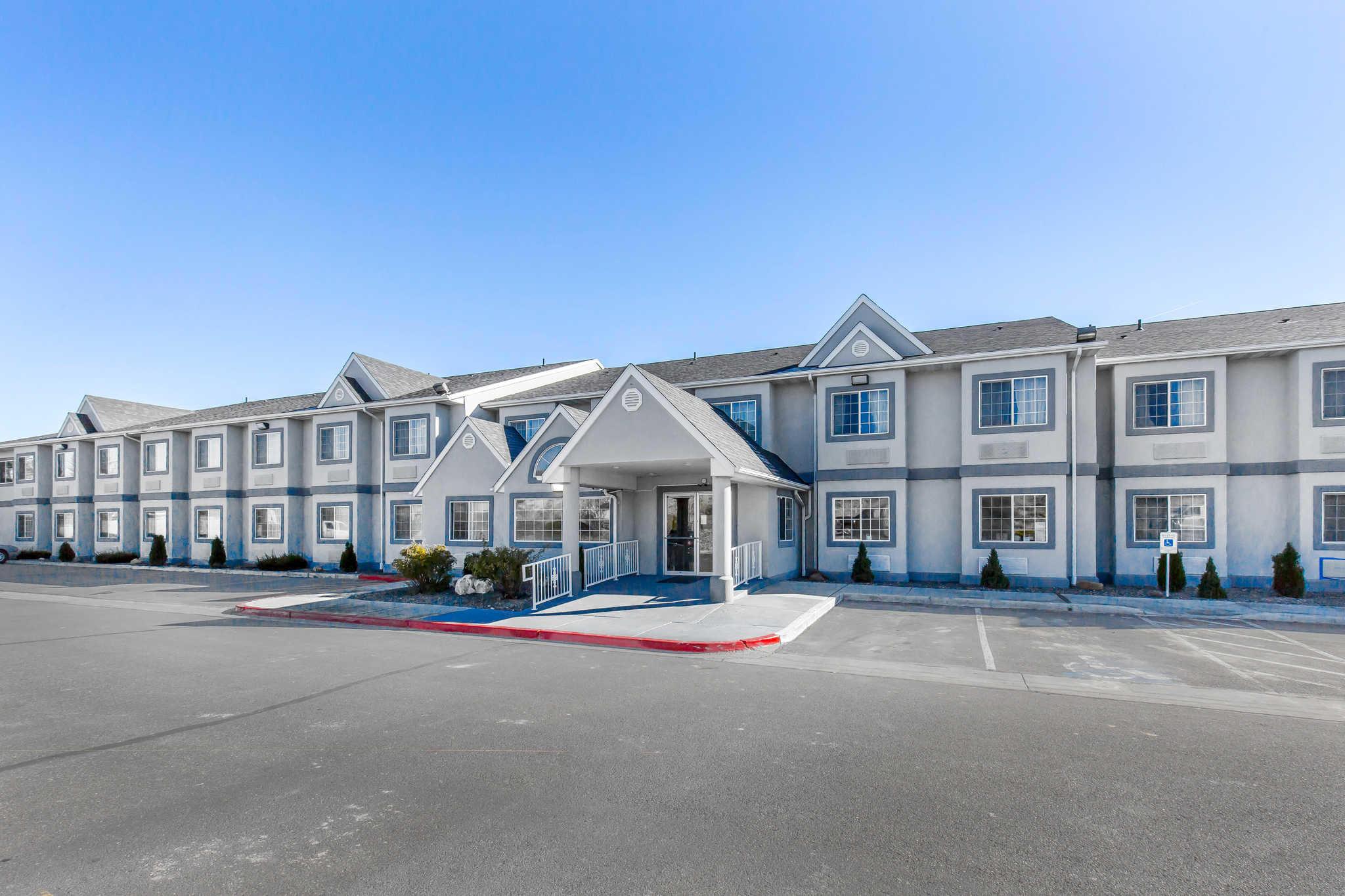 Quality Inn & Suites Elko image 2