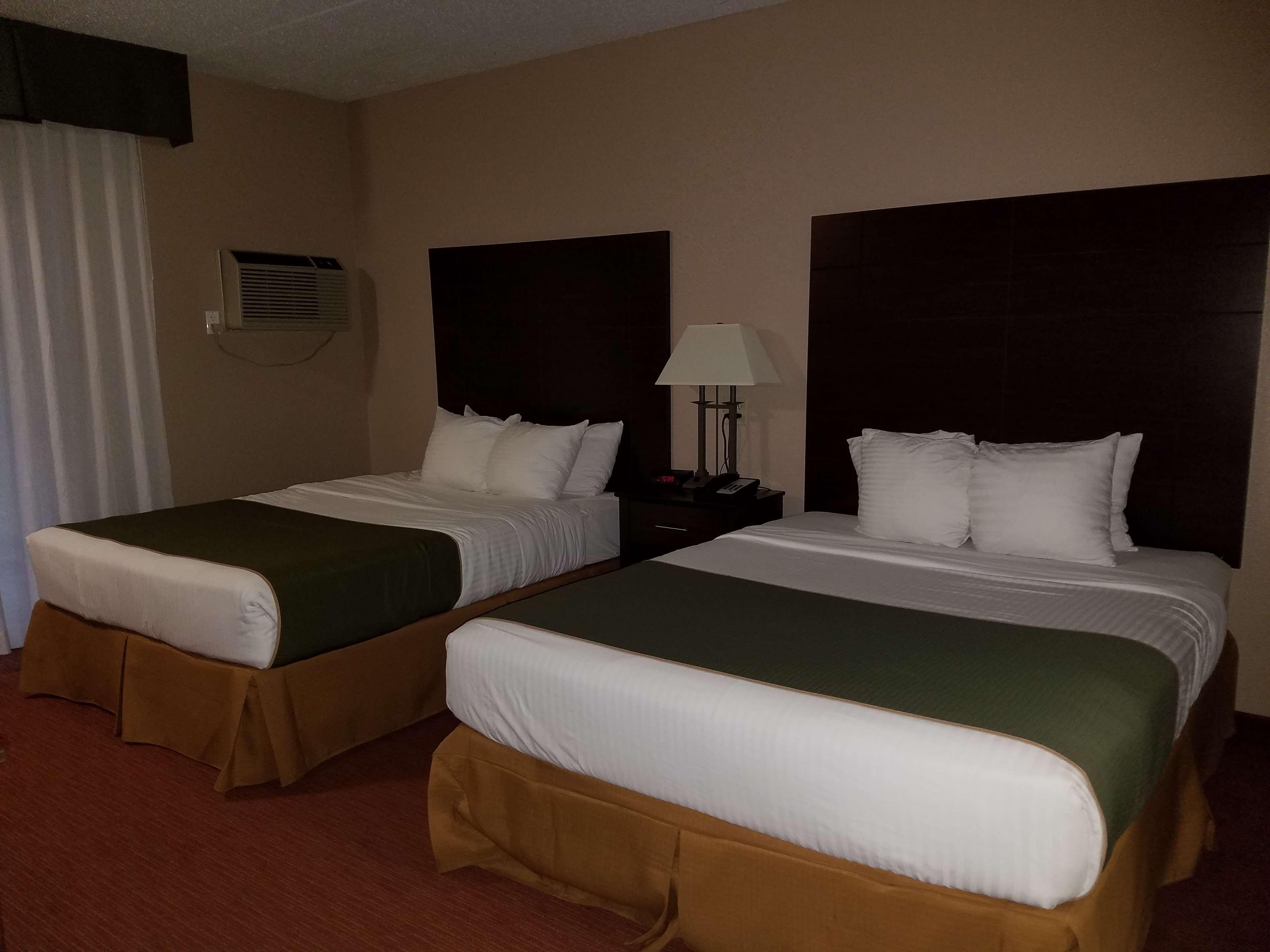 Best Western Valley Plaza Inn image 18