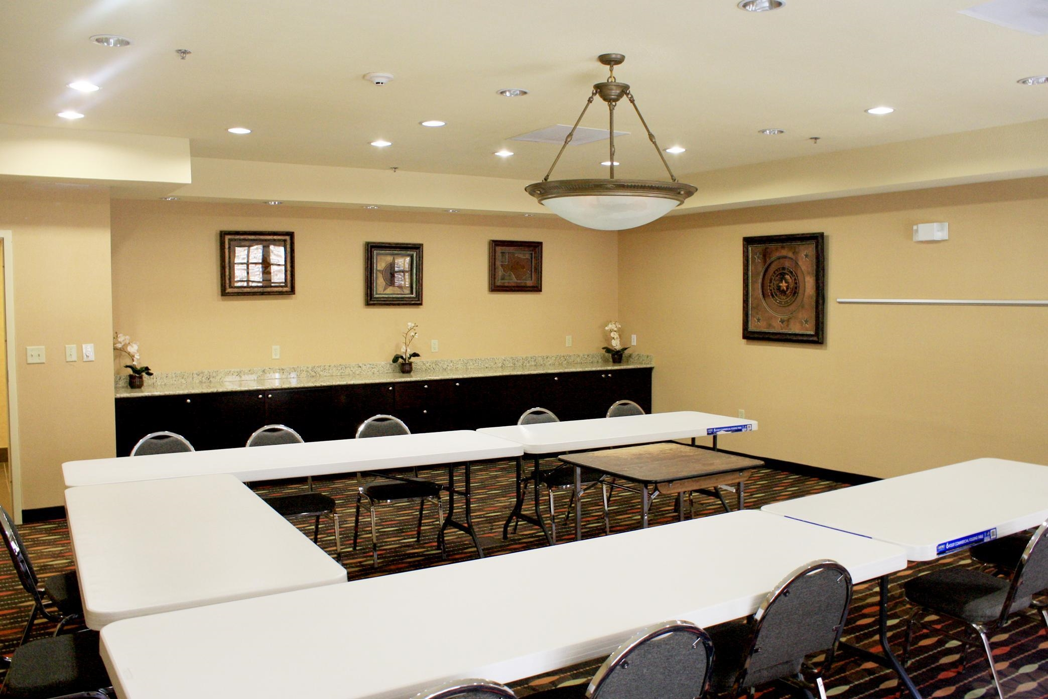 Hampton Inn & Suites Dallas-Arlington North-Entertainment District image 8