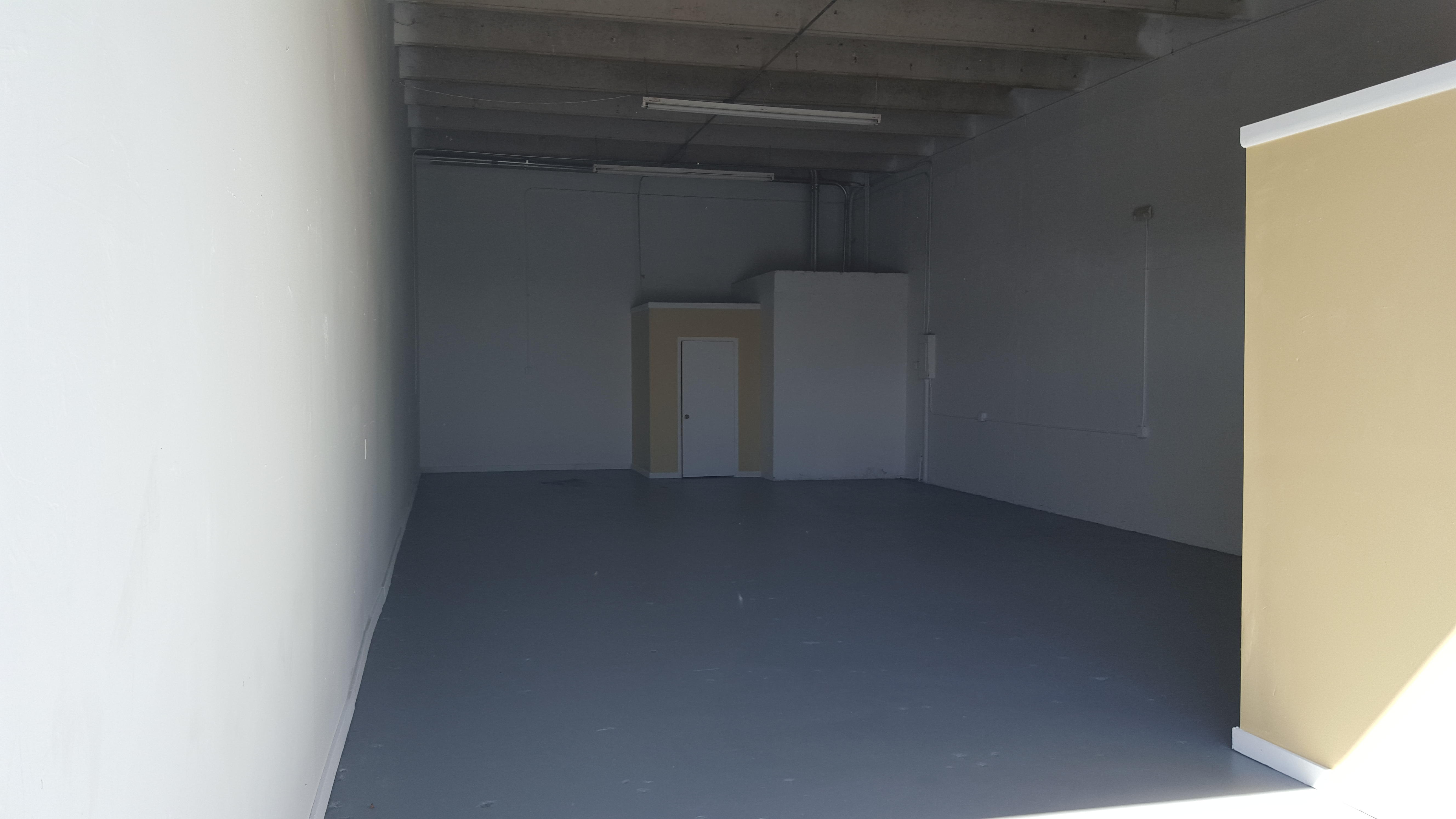 Warehouse for Rent in Miami image 6