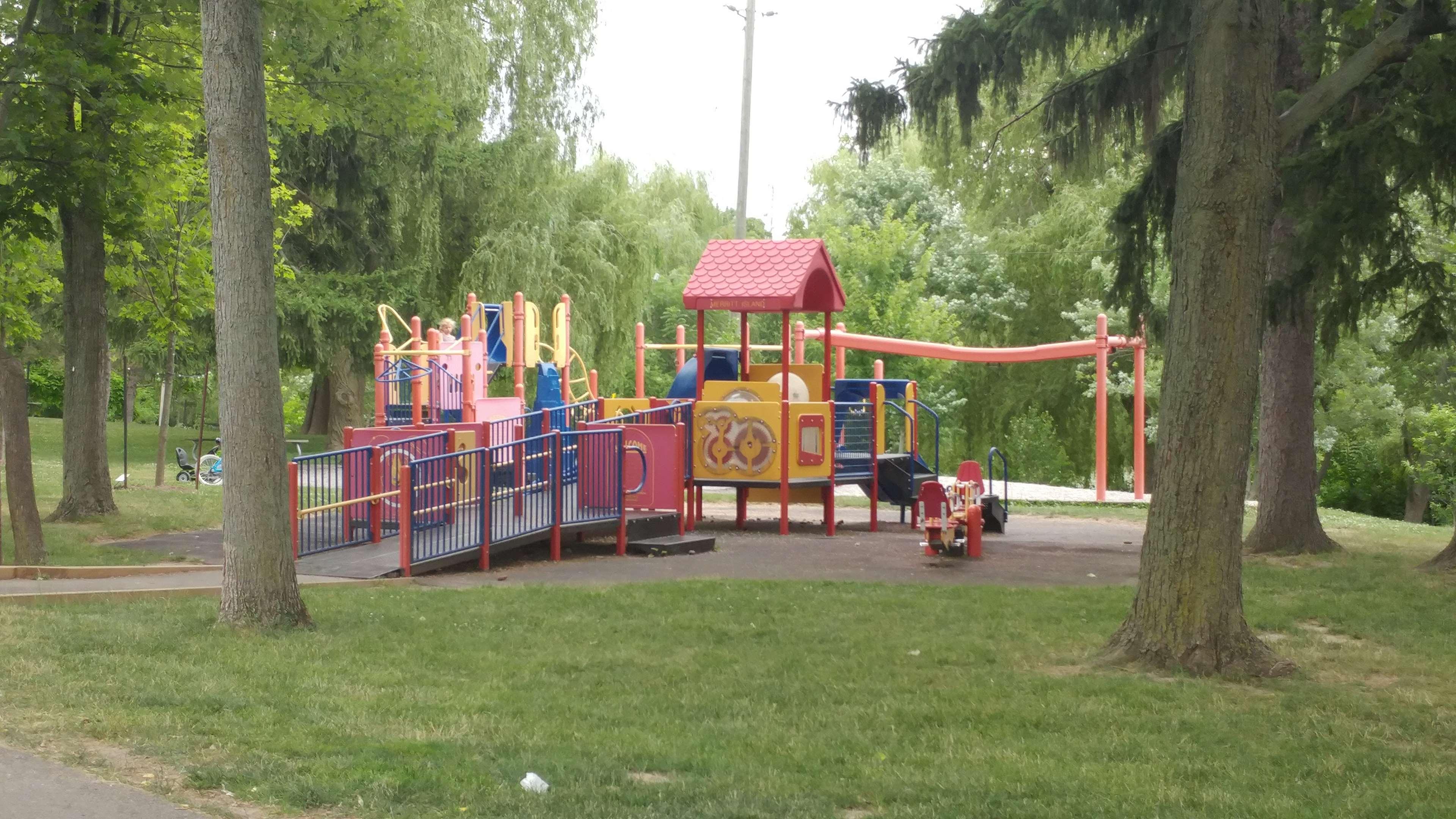 Best Western Plus Rose City Suites in Welland: MerrittI sland Park