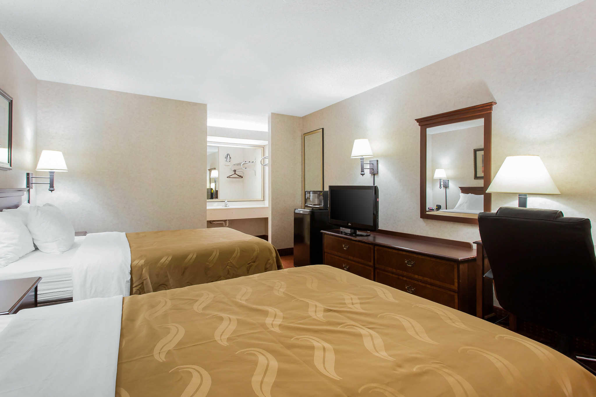 Quality Inn Mount Airy Mayberry image 18