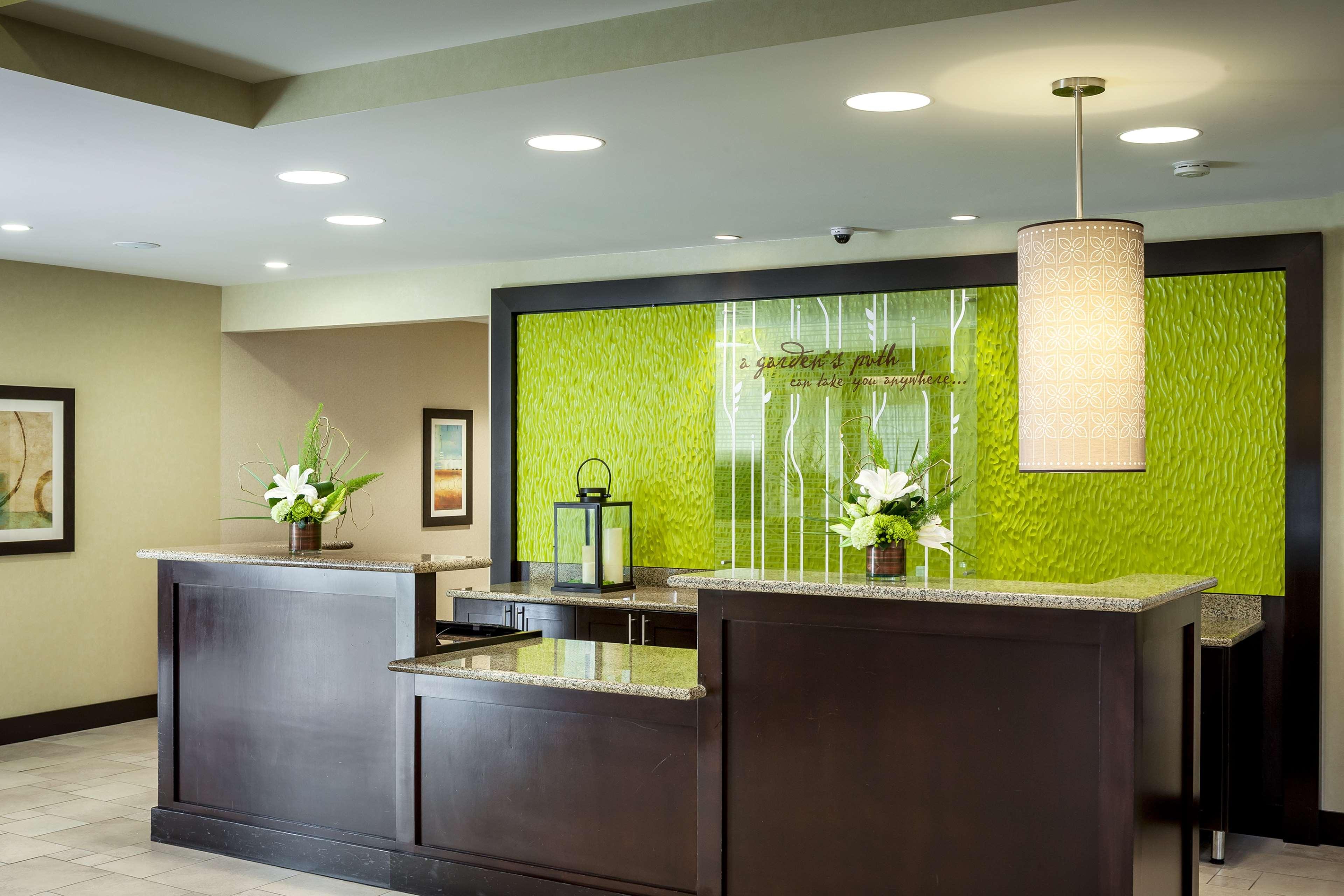 Hilton Garden Inn Seattle/Bothell, WA image 2