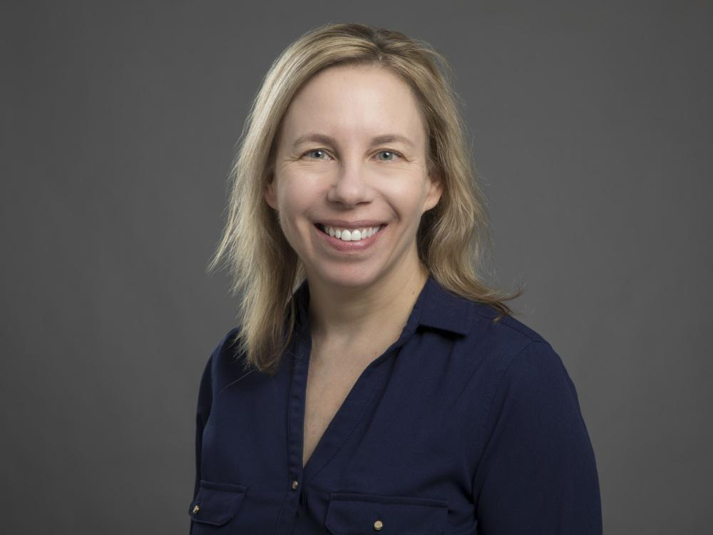Carrie Drazba, MD image 0