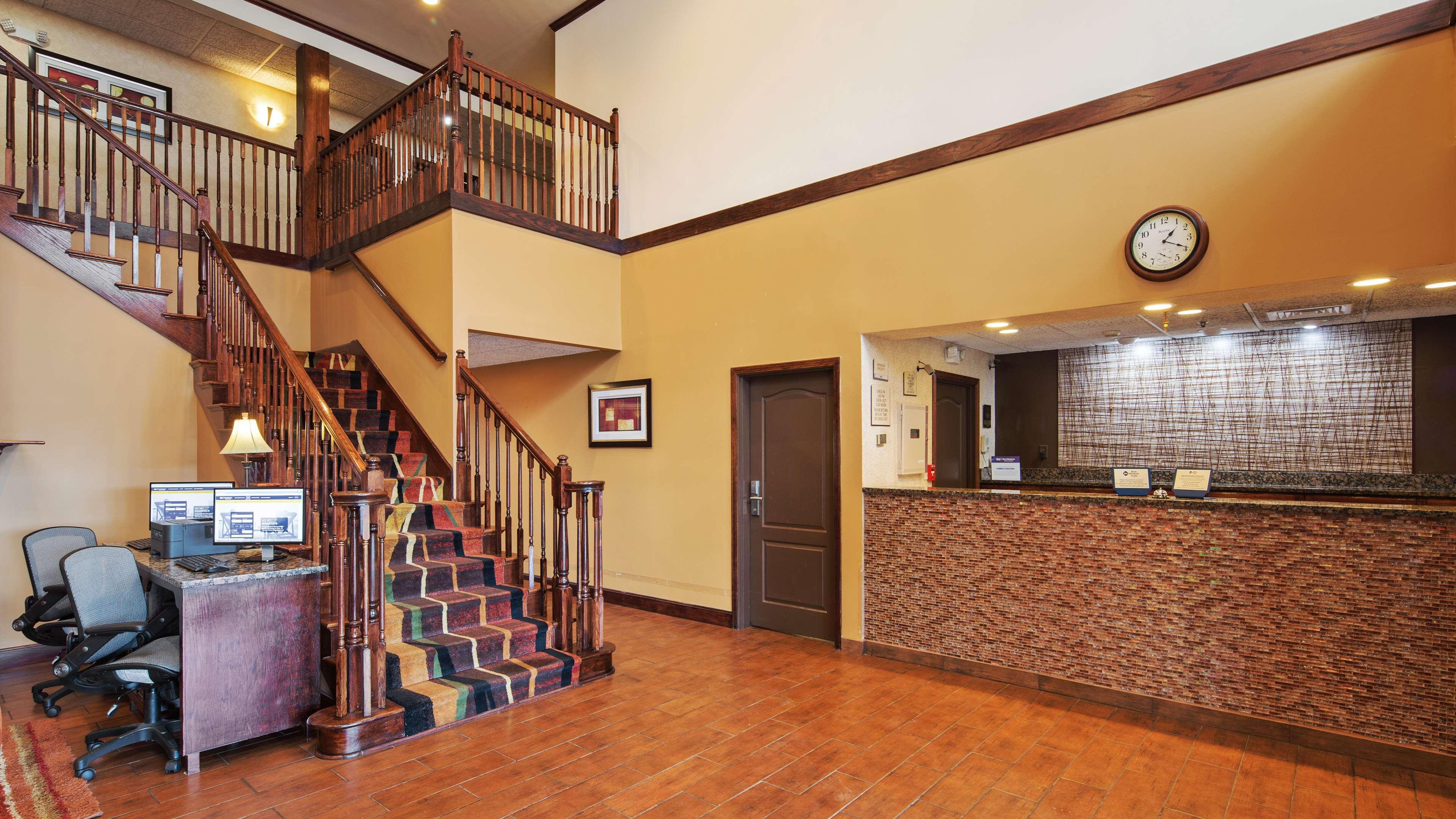 Best Western Plus Fort Wayne Inn & Suites North image 12