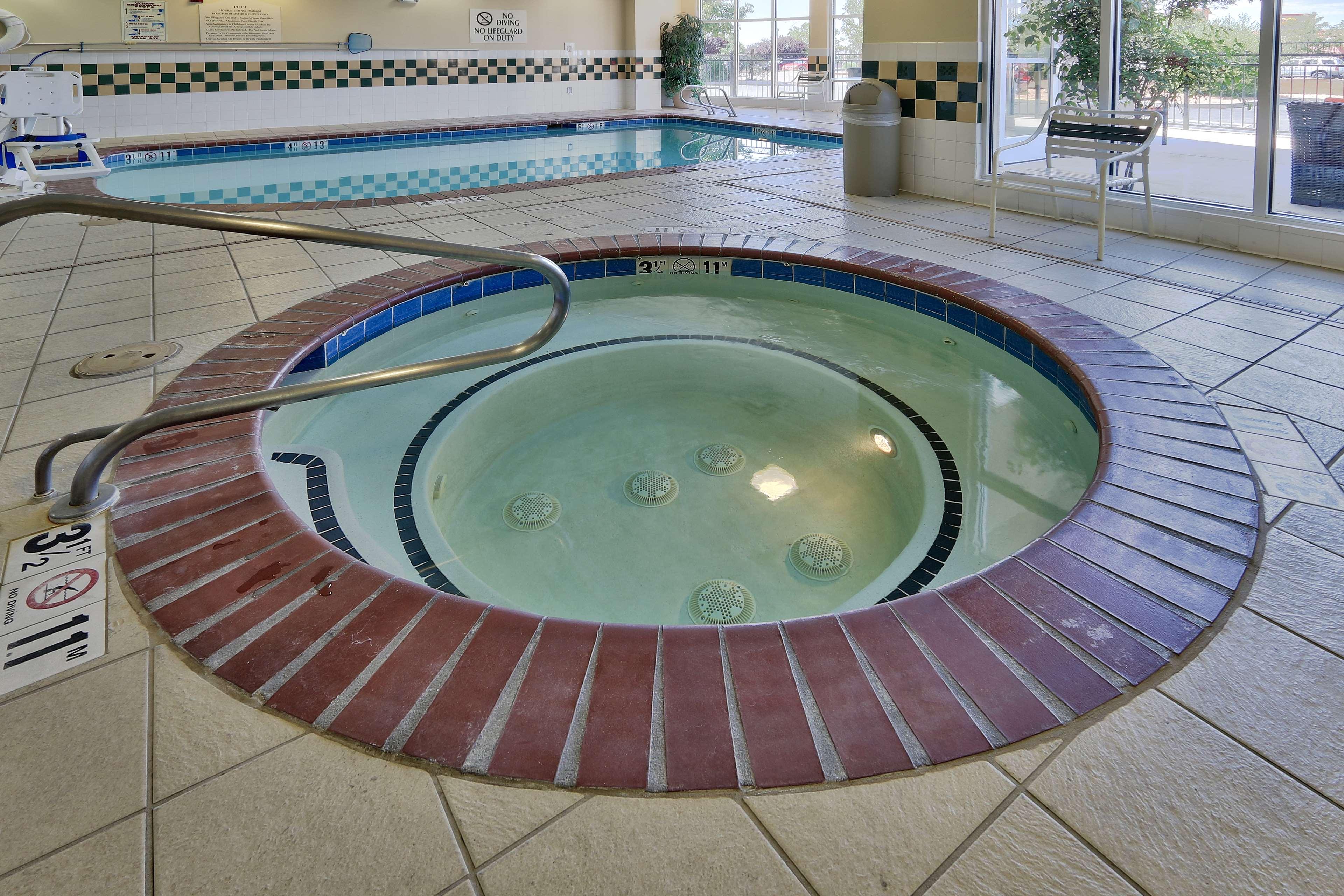 Hilton Garden Inn Albuquerque/Journal Center image 7