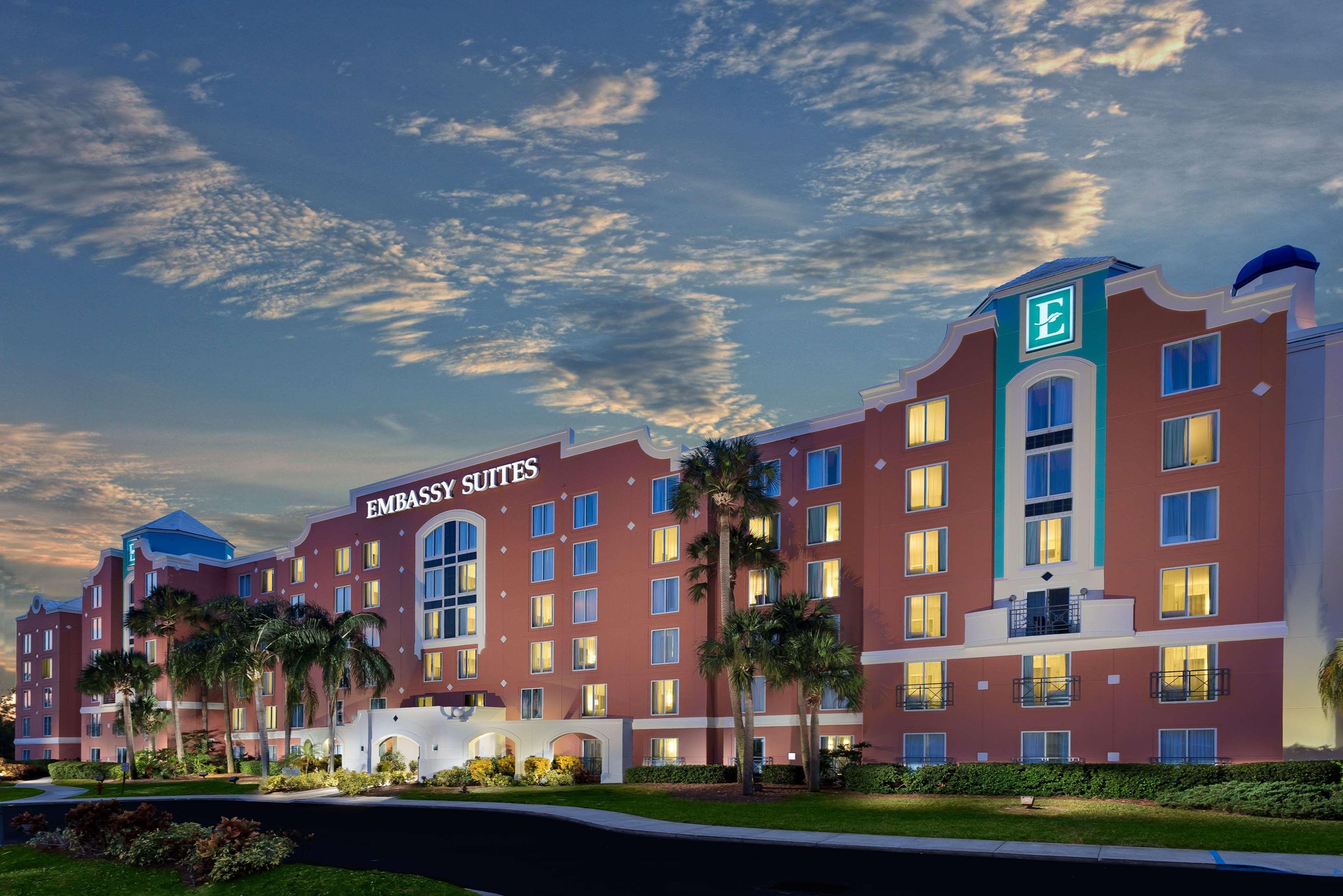Embassy Suites by Hilton Orlando Lake Buena Vista Resort image 0
