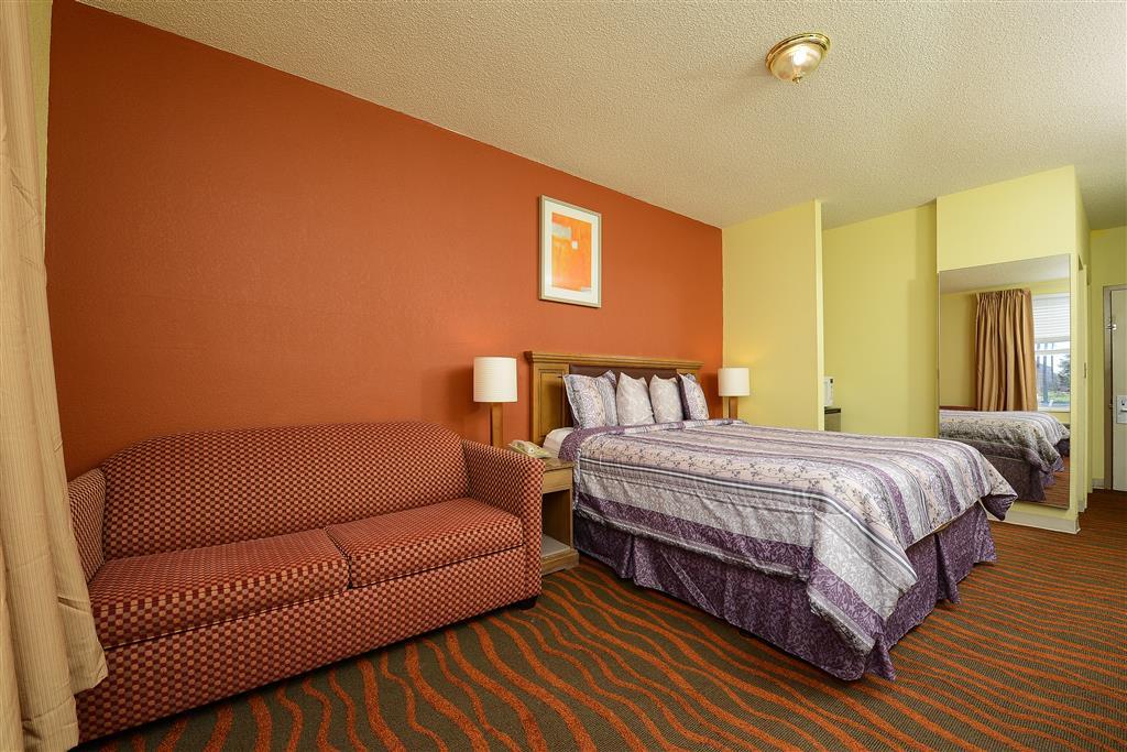Americas Best Value Inn Winter Haven image 6