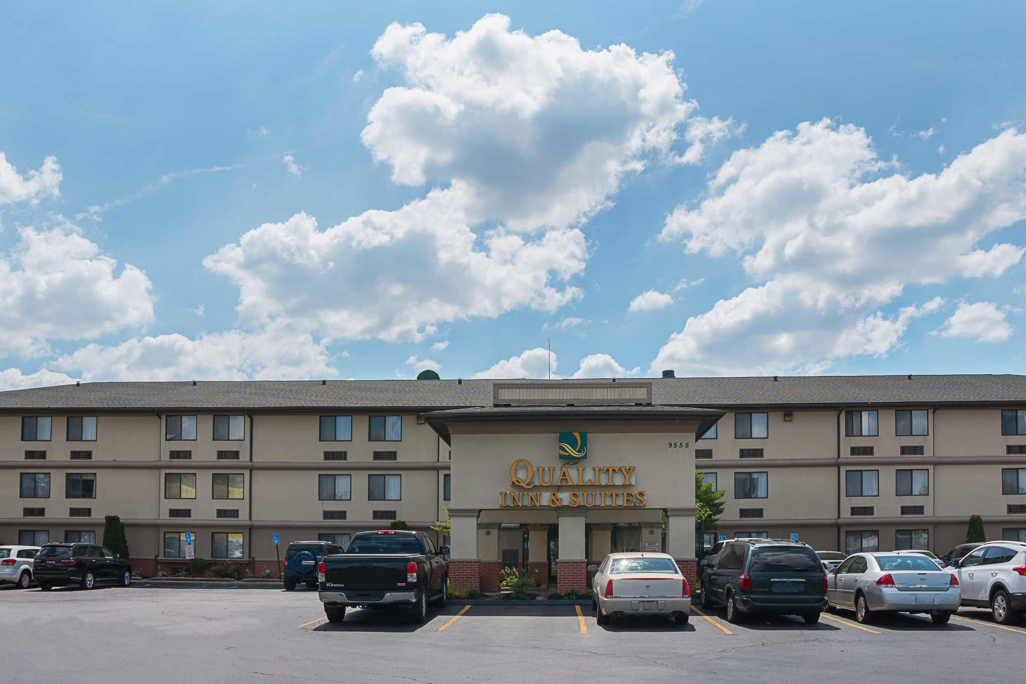 Find Quality Inn hotels in Detroit, MI. With great amenities and our Best Internet Rate Guarantee, book your hotel in Detroit today.