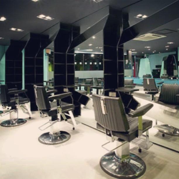 Ghani hair studio salon barber shop in atlanta ga - Barber vs hair salon ...