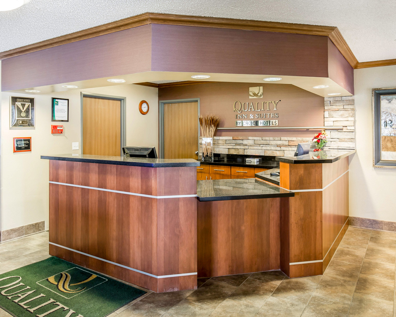 Quality Inn & Suites image 2