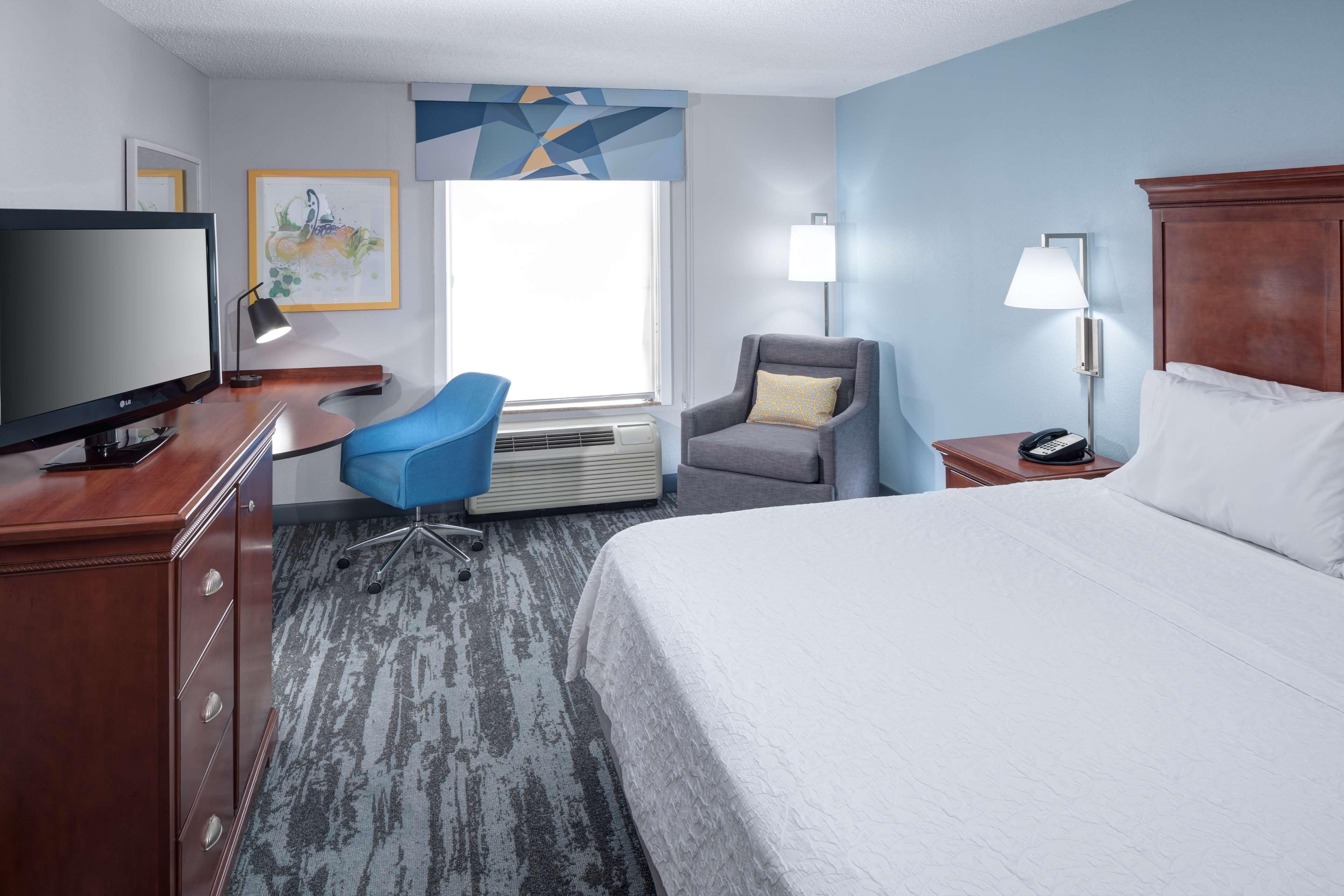 Hampton Inn & Suites Jackson image 16