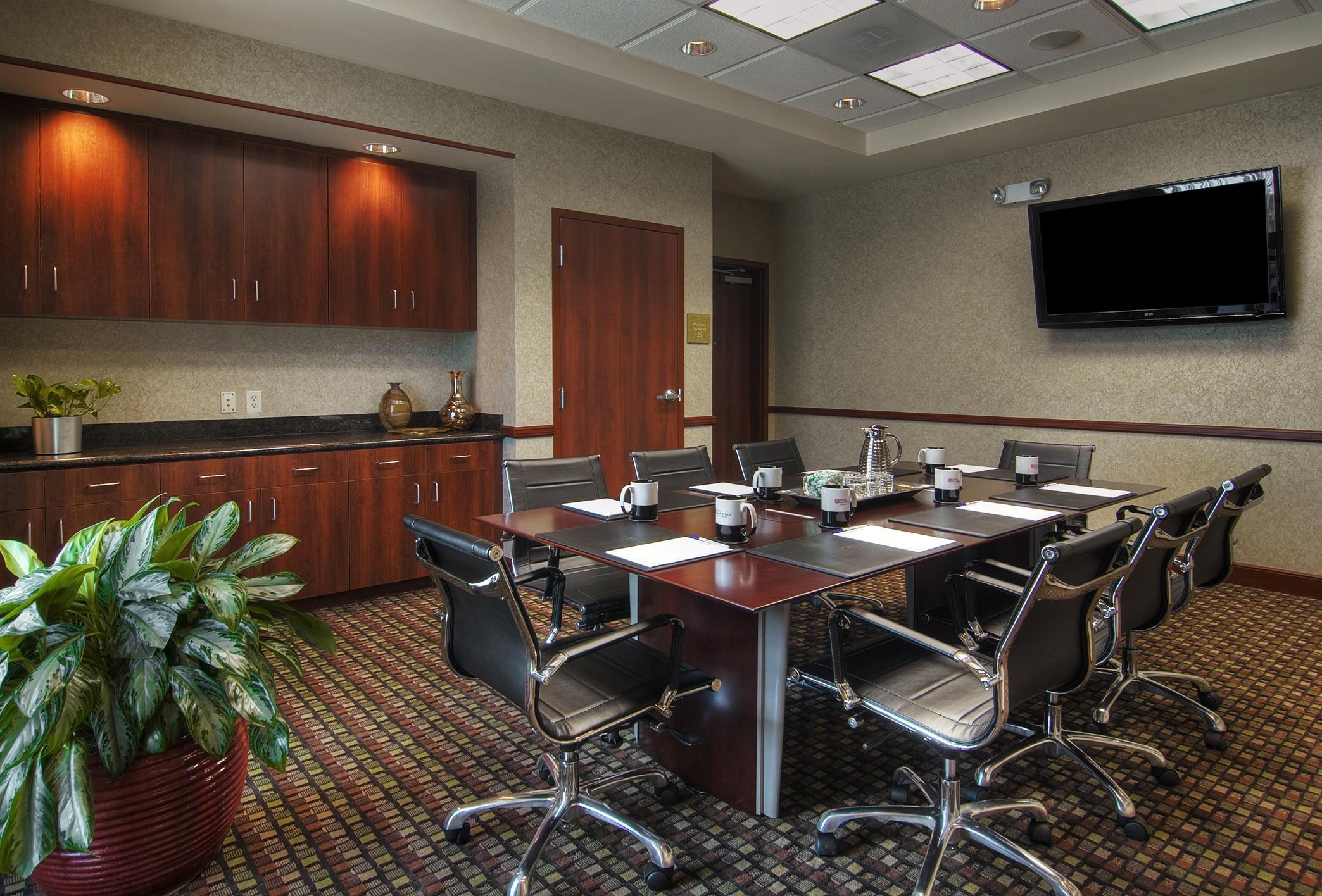 Hilton Garden Inn Houston-Pearland image 13