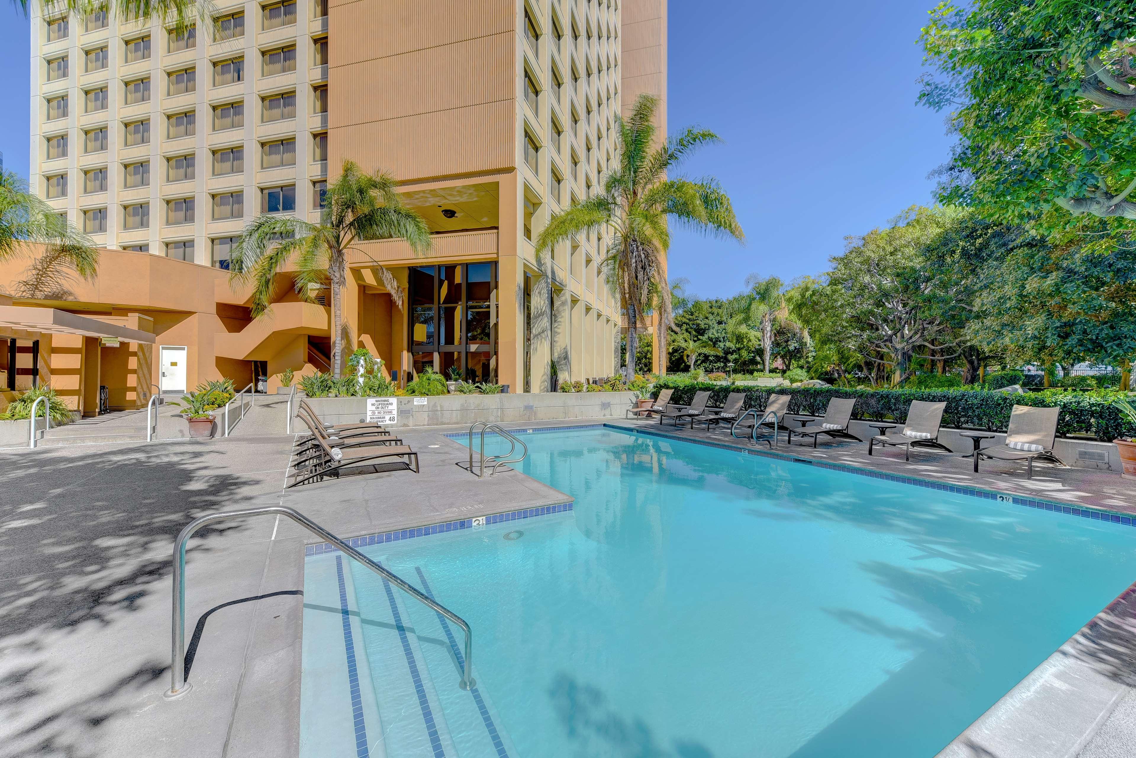 DoubleTree by Hilton Hotel Anaheim - Orange County image 20