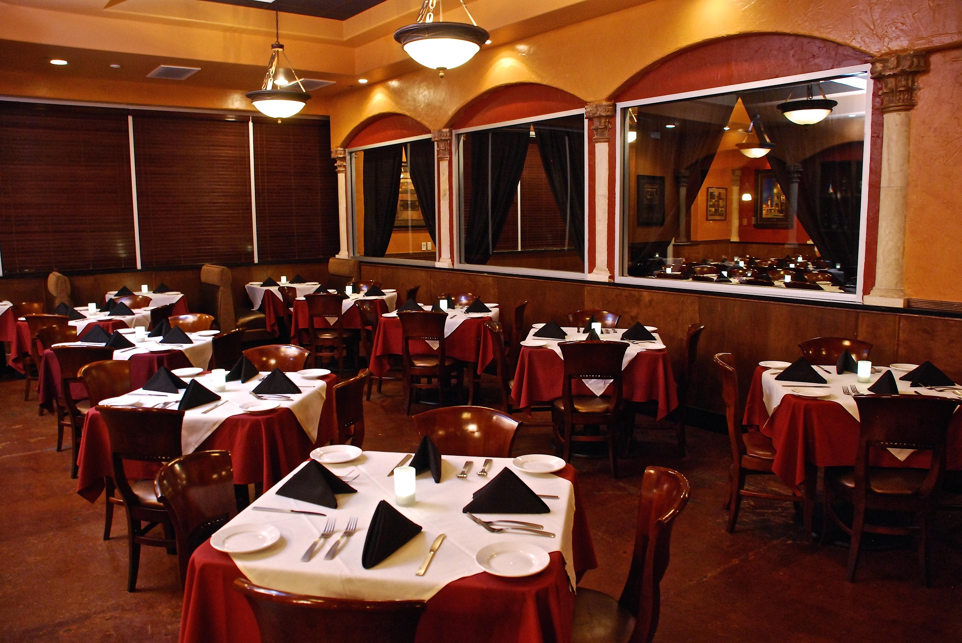 Scuzzi's Italian Restaurant image 0
