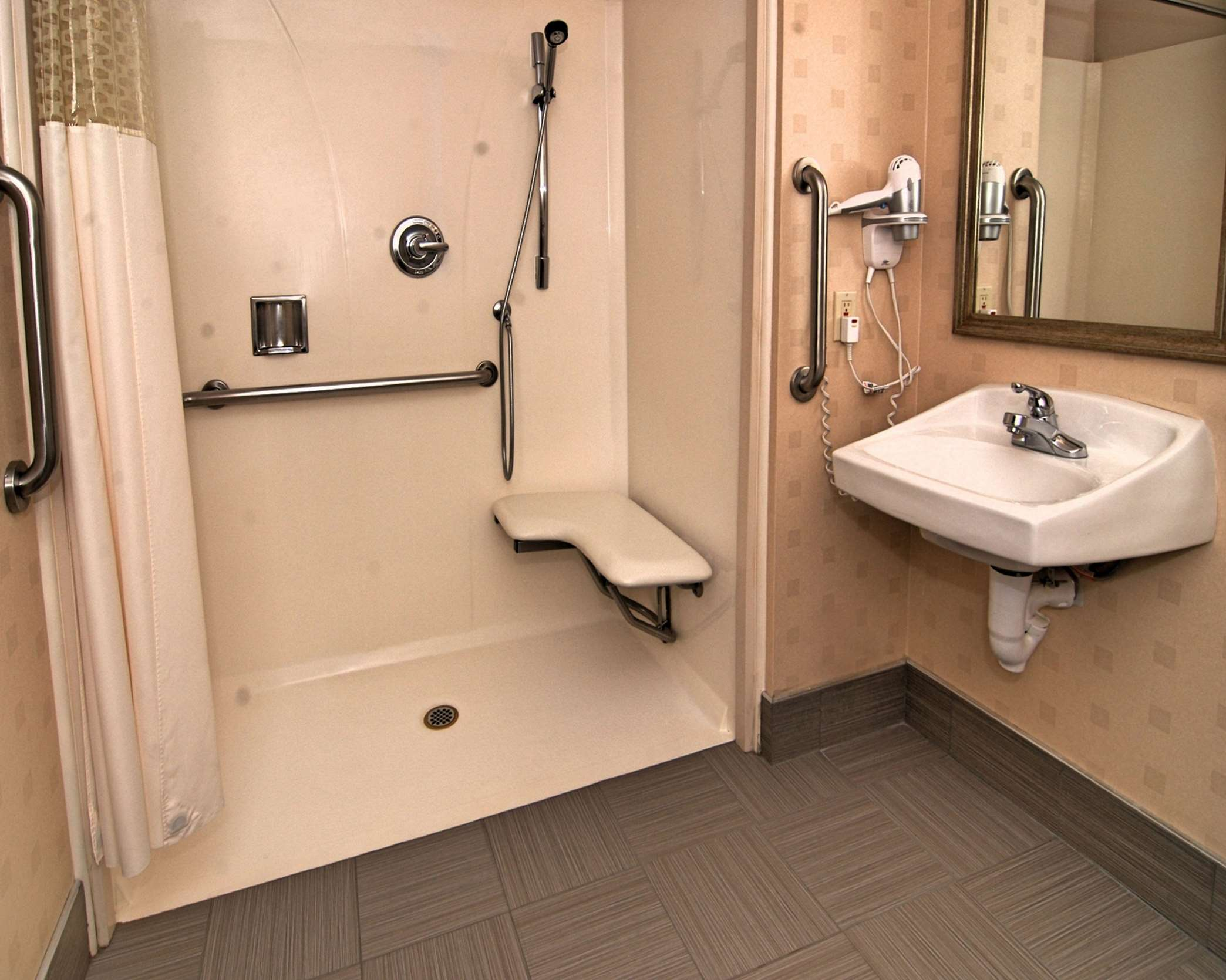 Hampton Inn & Suites Mountain View image 14