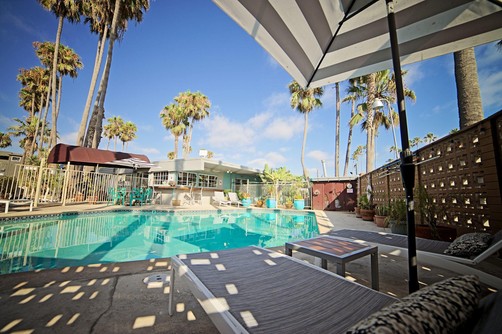 Ocean Villa Inn image 0