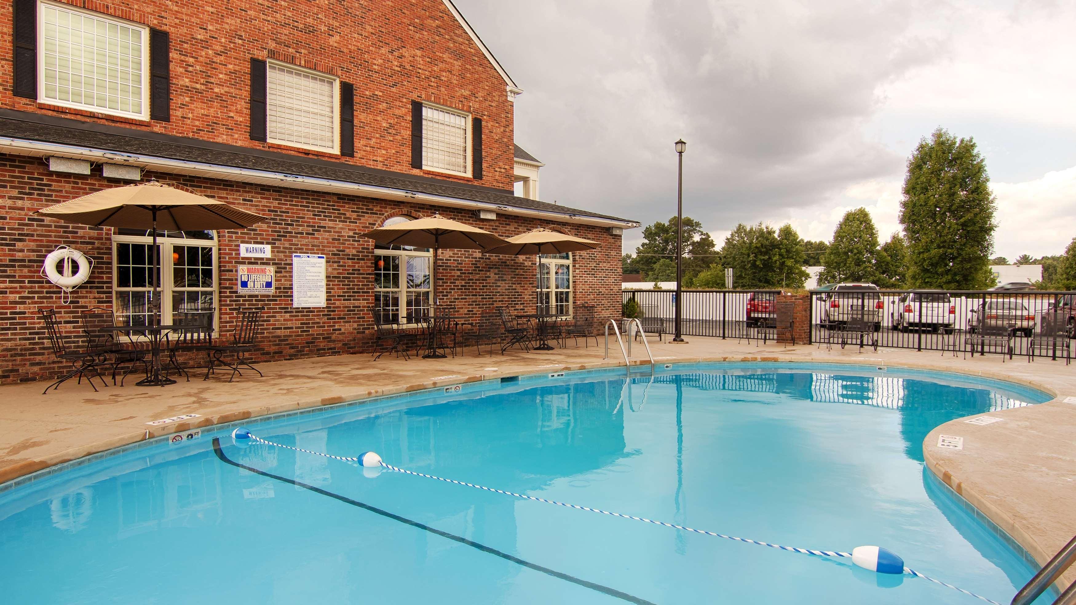 Best Western Hendersonville Inn image 14