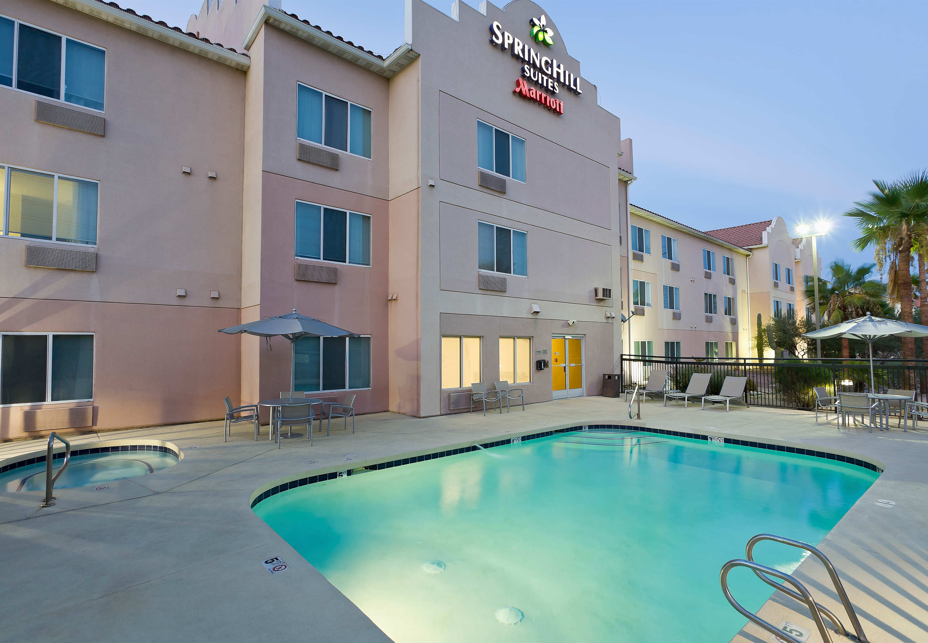 SpringHill Suites by Marriott Phoenix North image 12