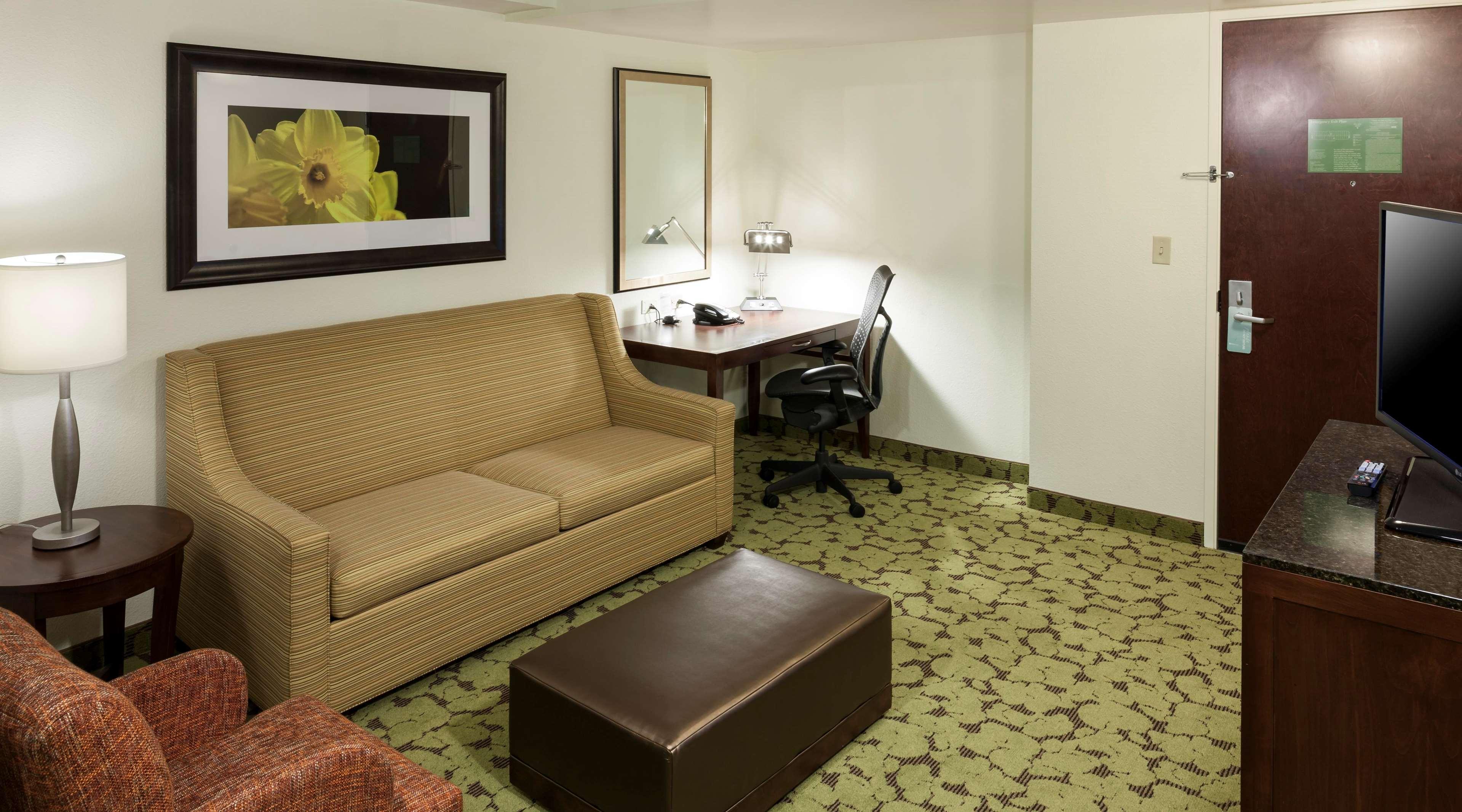 Hilton Garden Inn Dallas/Duncanville 800 North Main Street ...