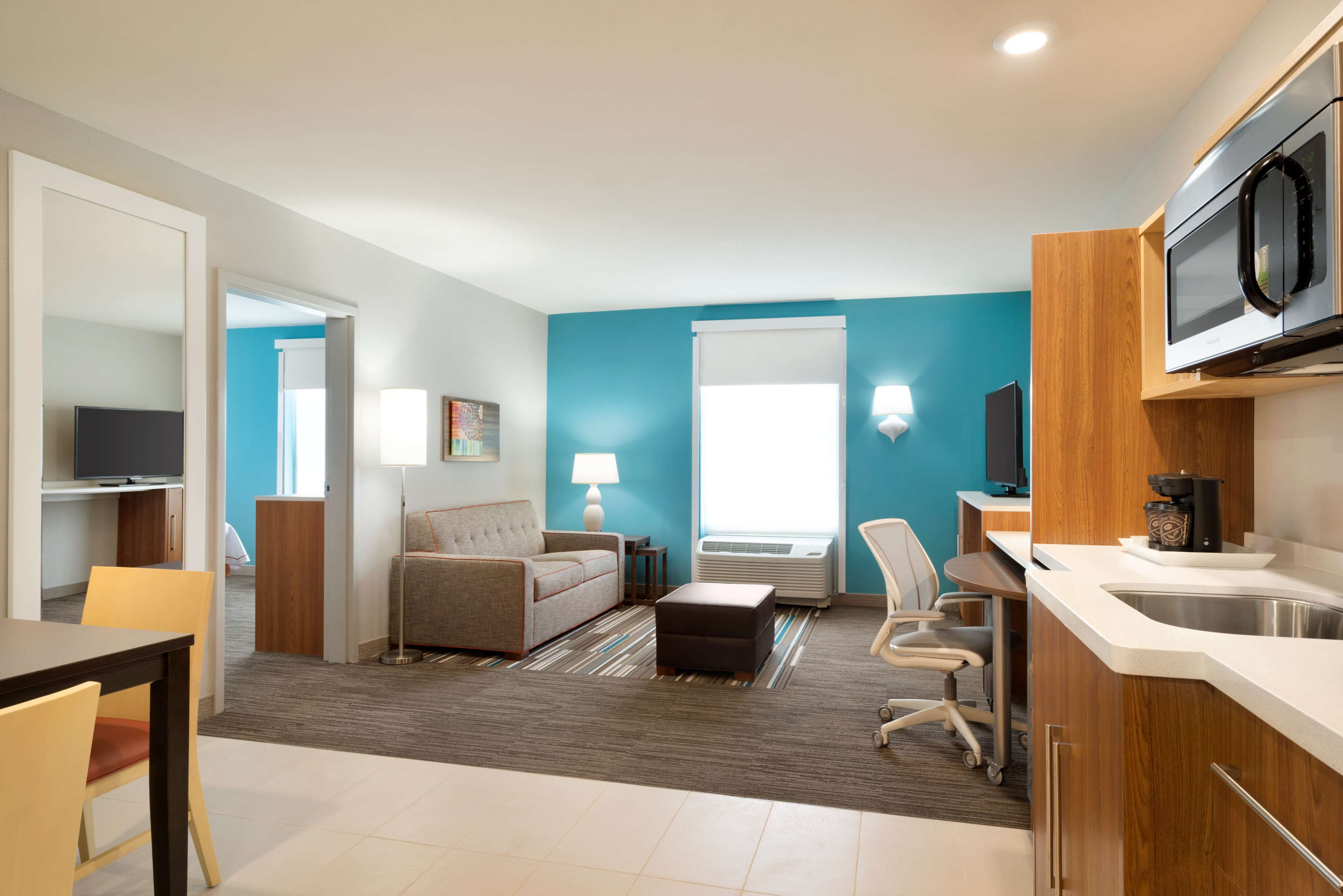 Home2 Suites by Hilton Roanoke image 29