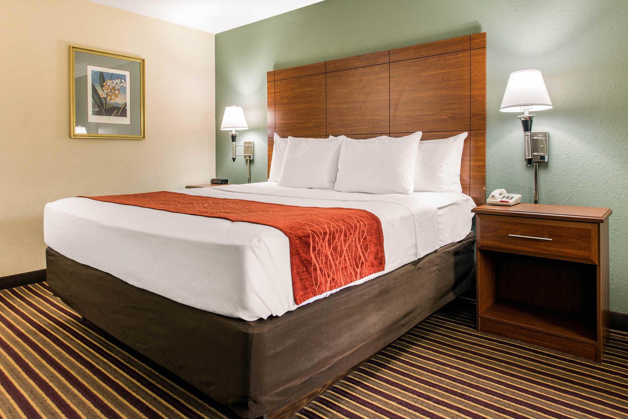 Comfort Inn & Suites Crabtree Valley image 16