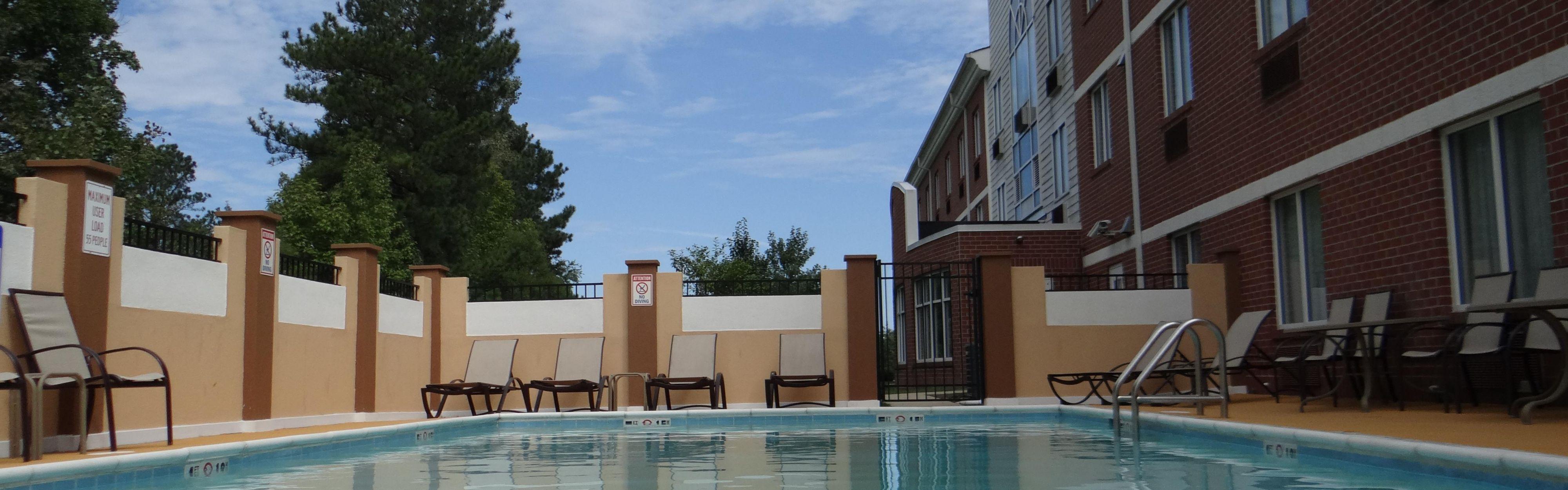 Holiday Inn Express Salisbury - Delmar image 2